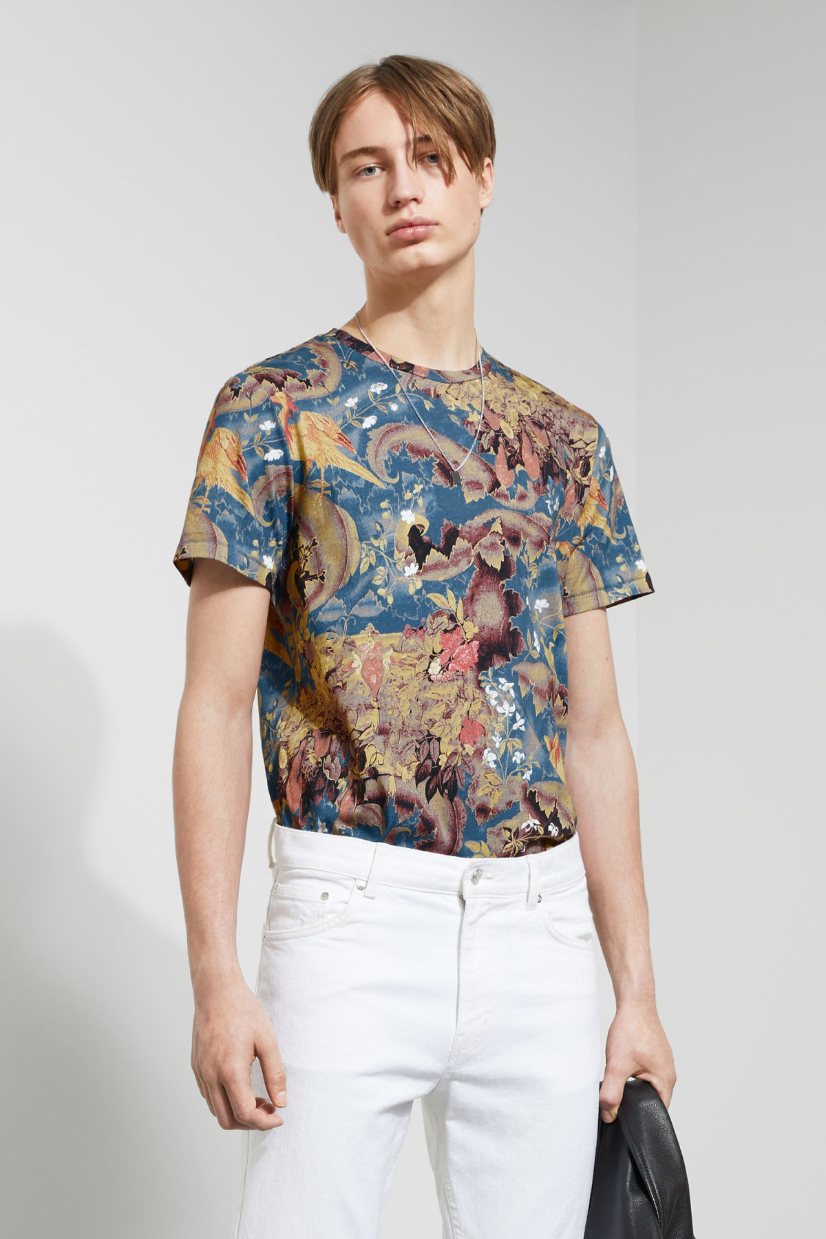 Model front image of Weekday jonston bird tapestry t-shirt in blue