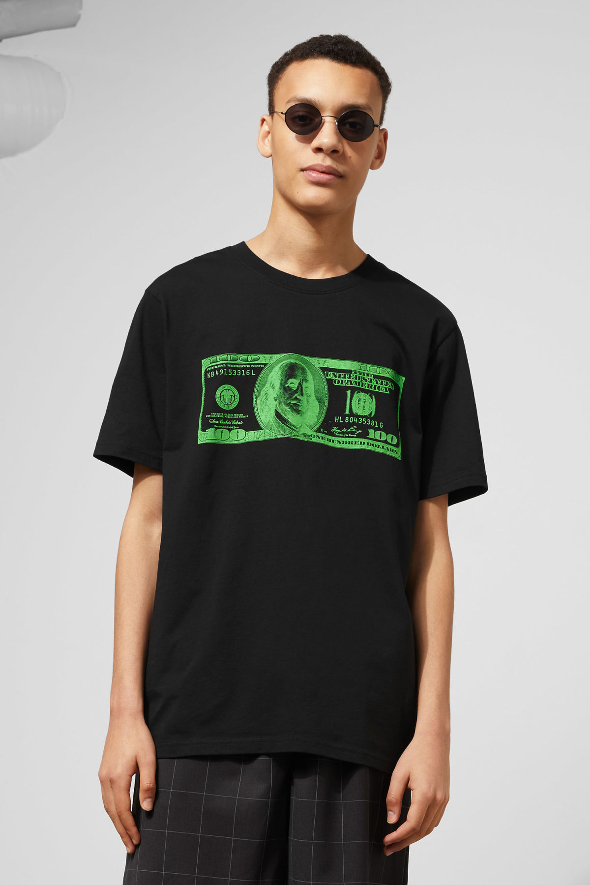Model front image of Weekday frank money t-shirt in black