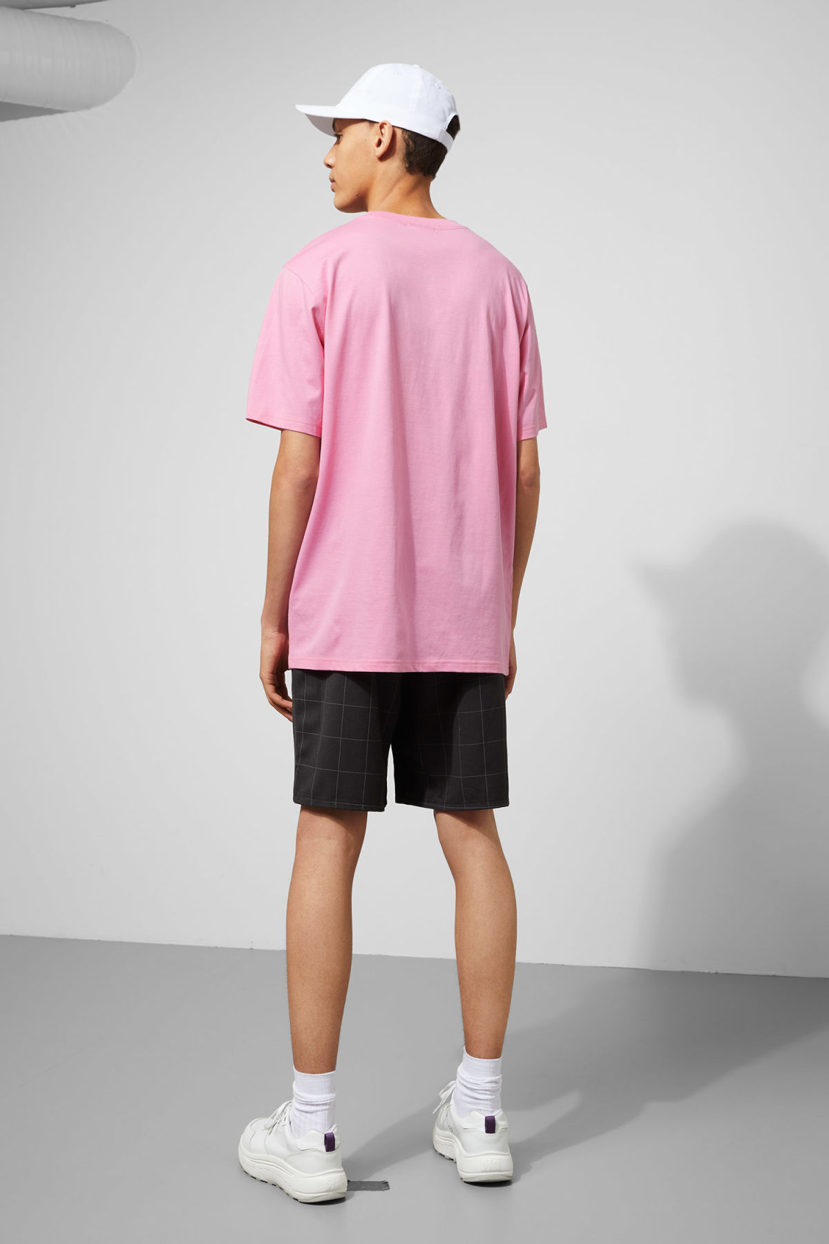 Model back image of Weekday frank times t-shirt in pink
