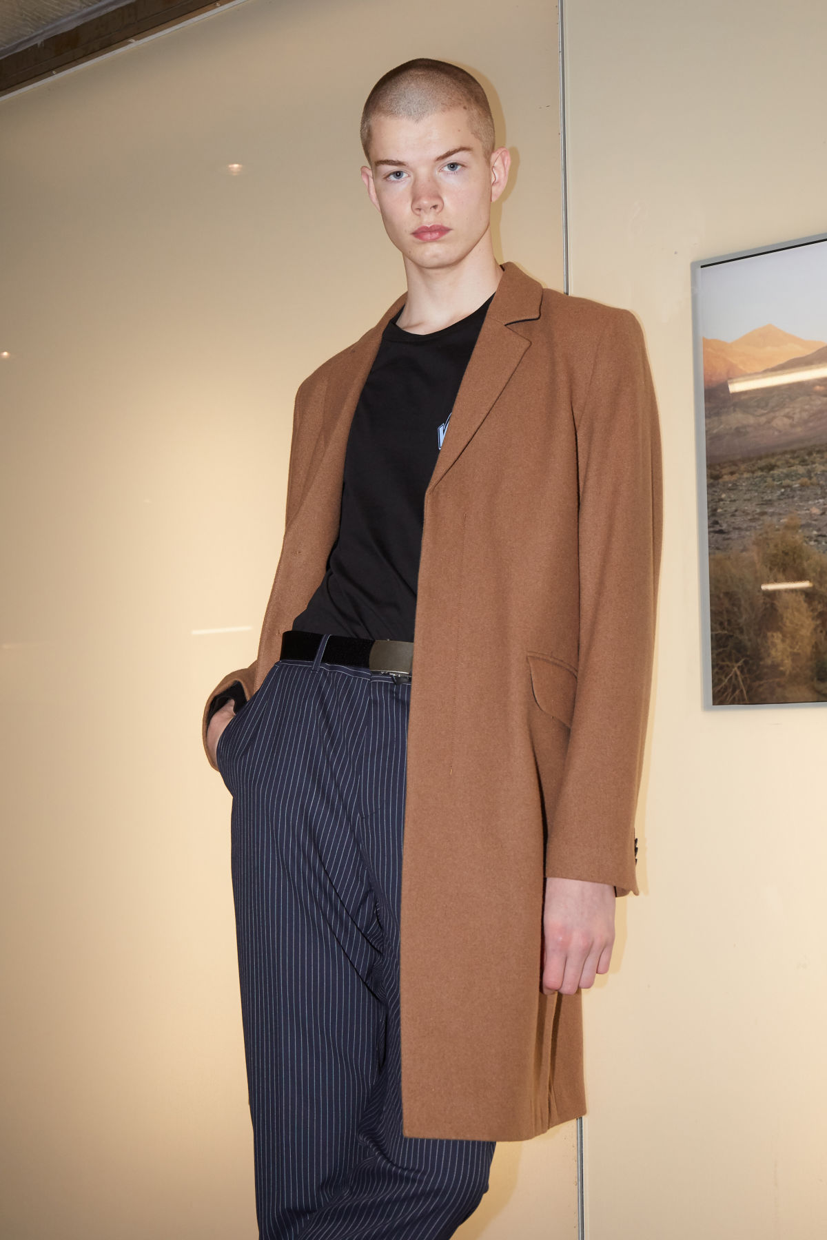 Model front image of Weekday spencer coat in yellow