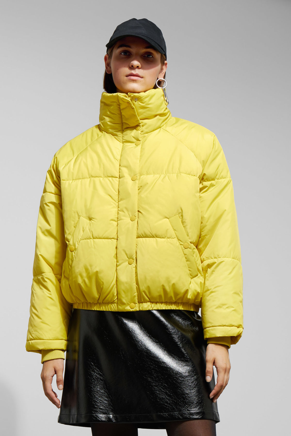 Model front image of Weekday cyntia puffer jacket in yellow