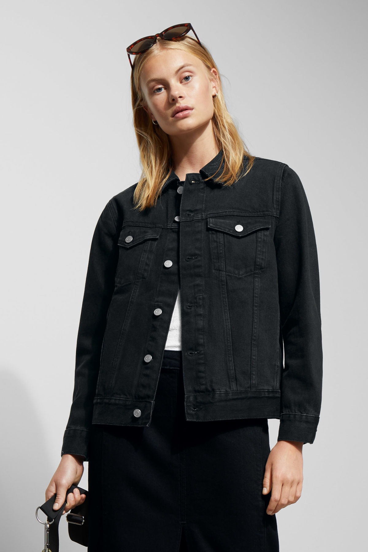 Model front image of Weekday single tuned black jacket  in black
