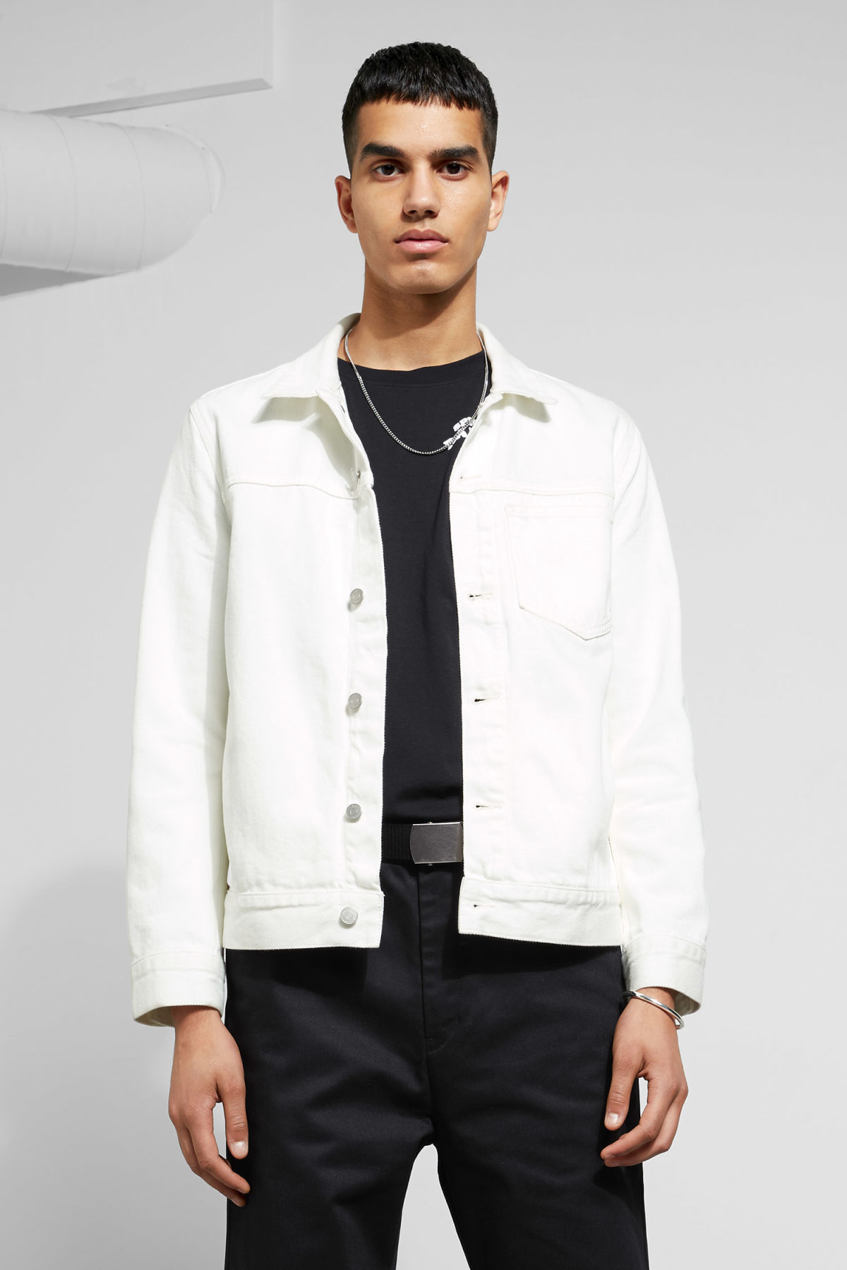 Model front image of Weekday core off white jacket  in white