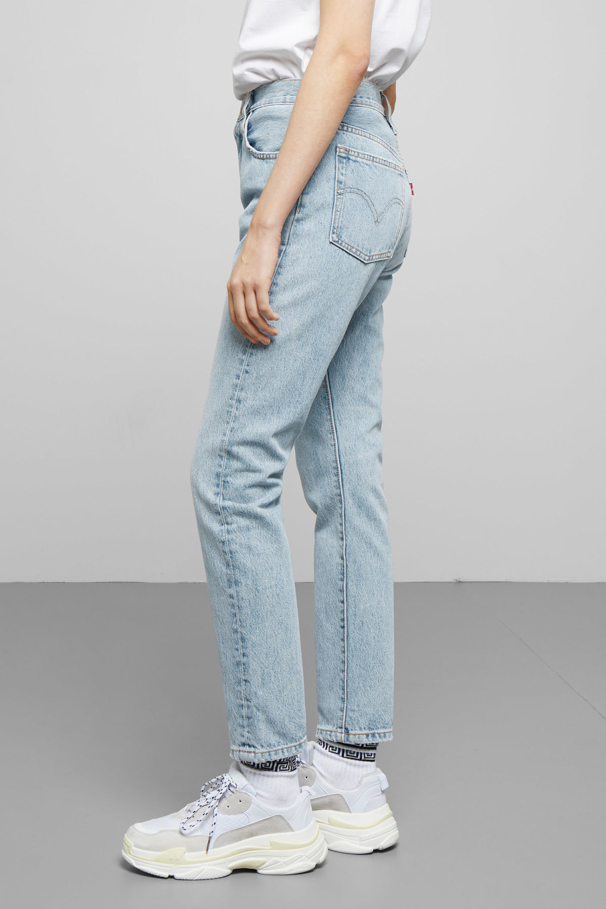 Model side image of Weekday 501 skinny lovefool jeans in blue