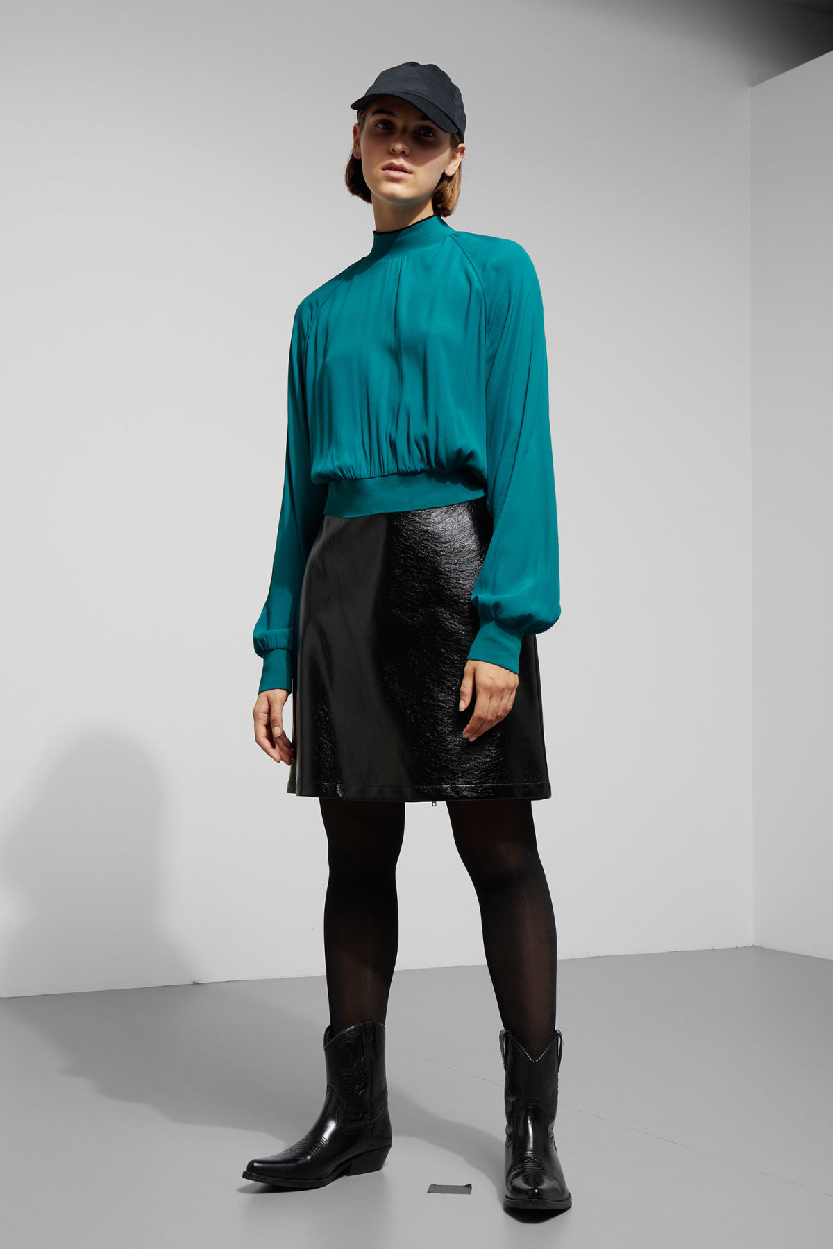 Model side image of Weekday carbon blouse in turquoise