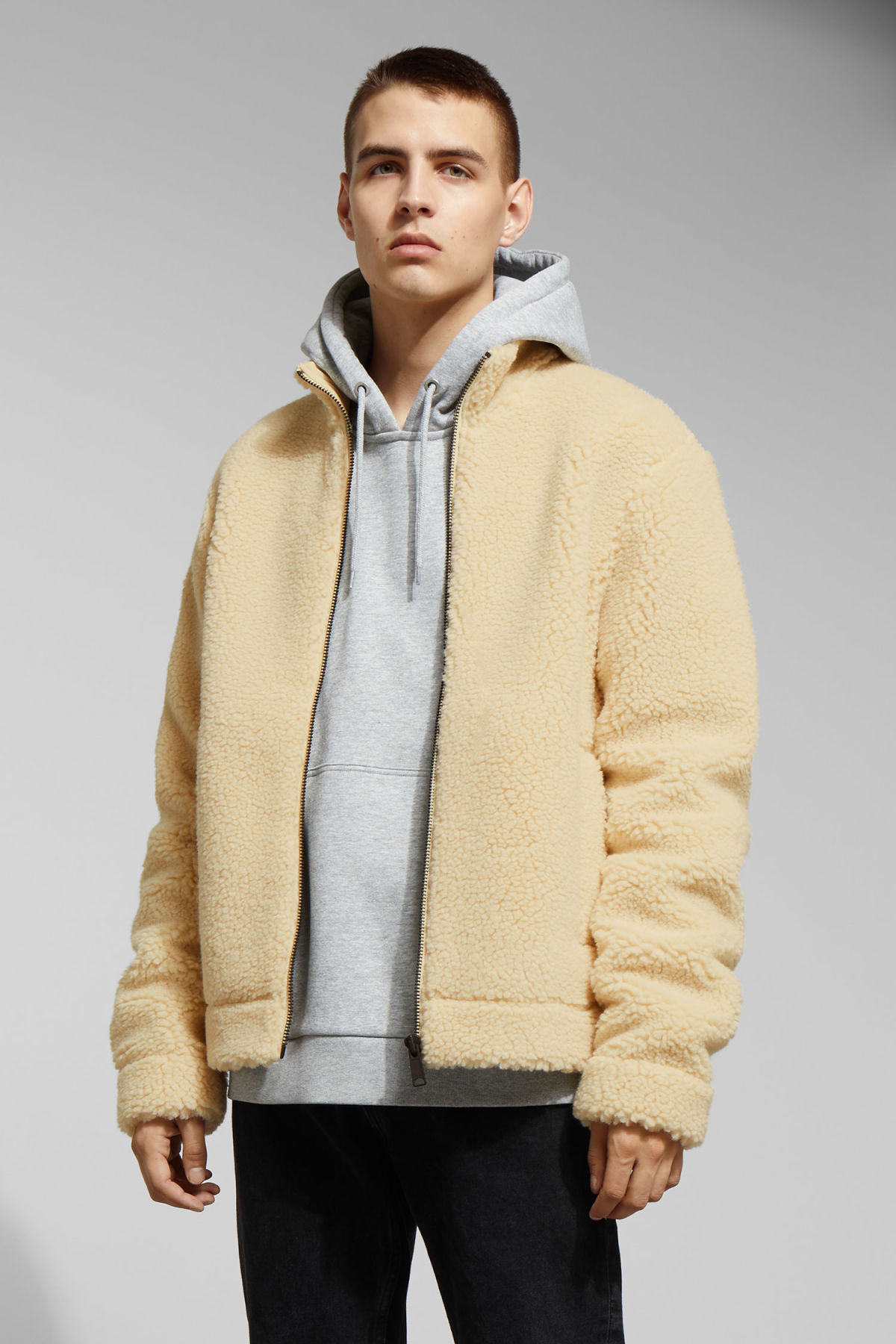 Model front image of Weekday wes pile jacket in beige