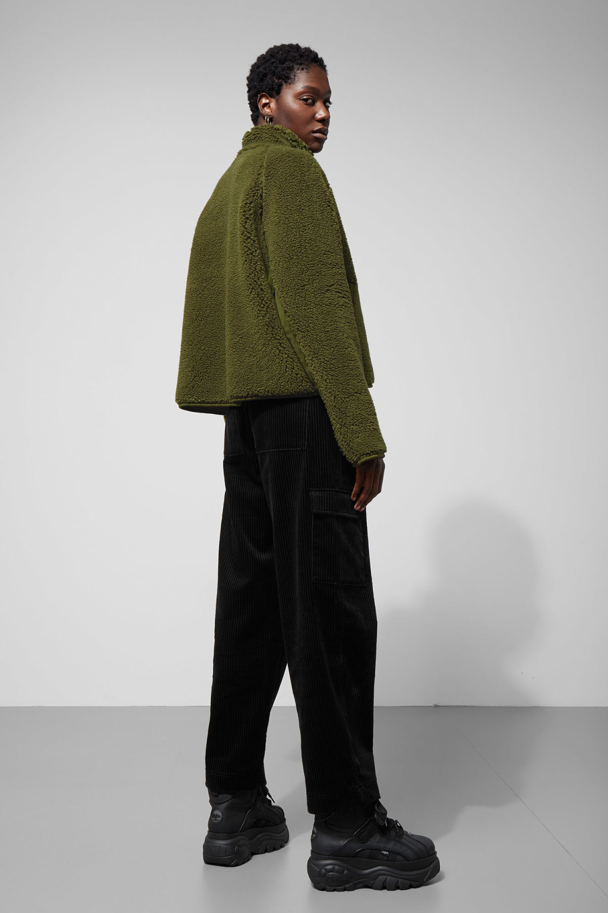 Model side image of Weekday odette pile jacket in green