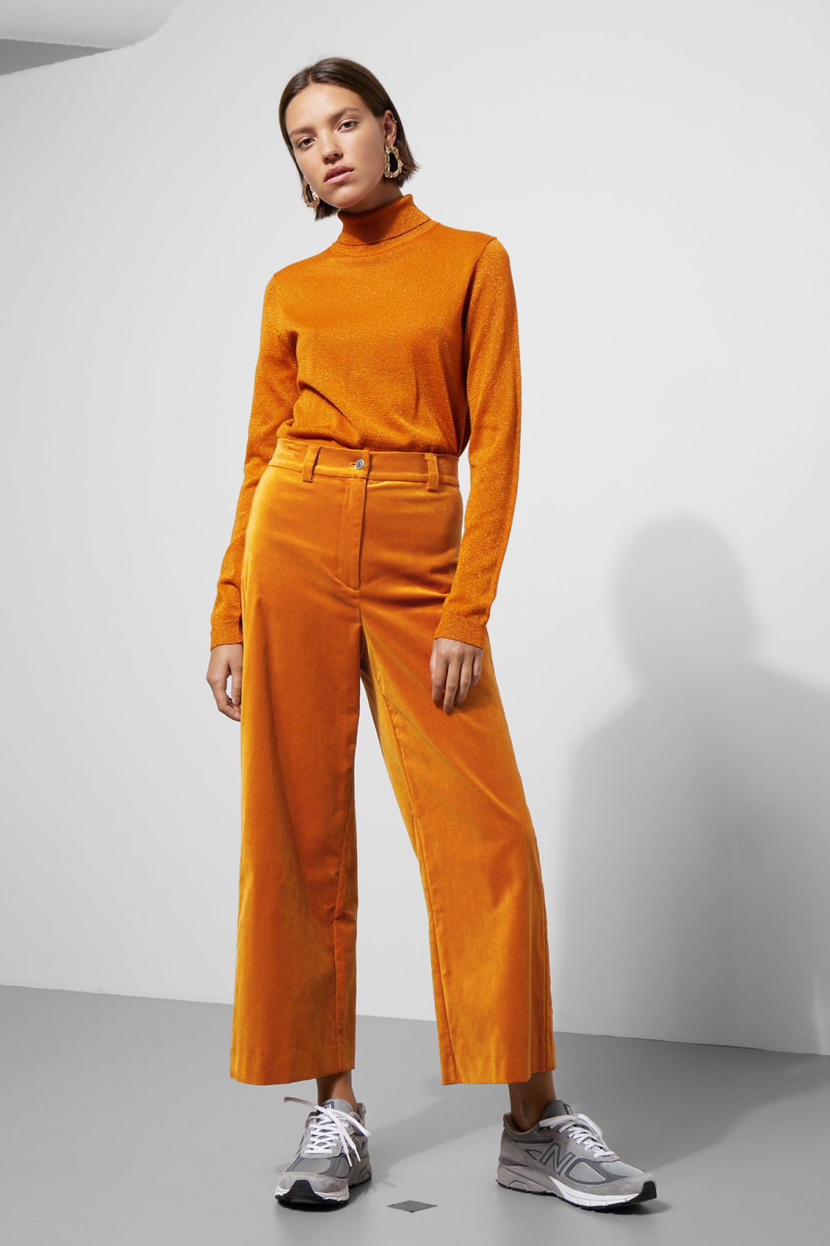 Model front image of Weekday billie trousers in yellow