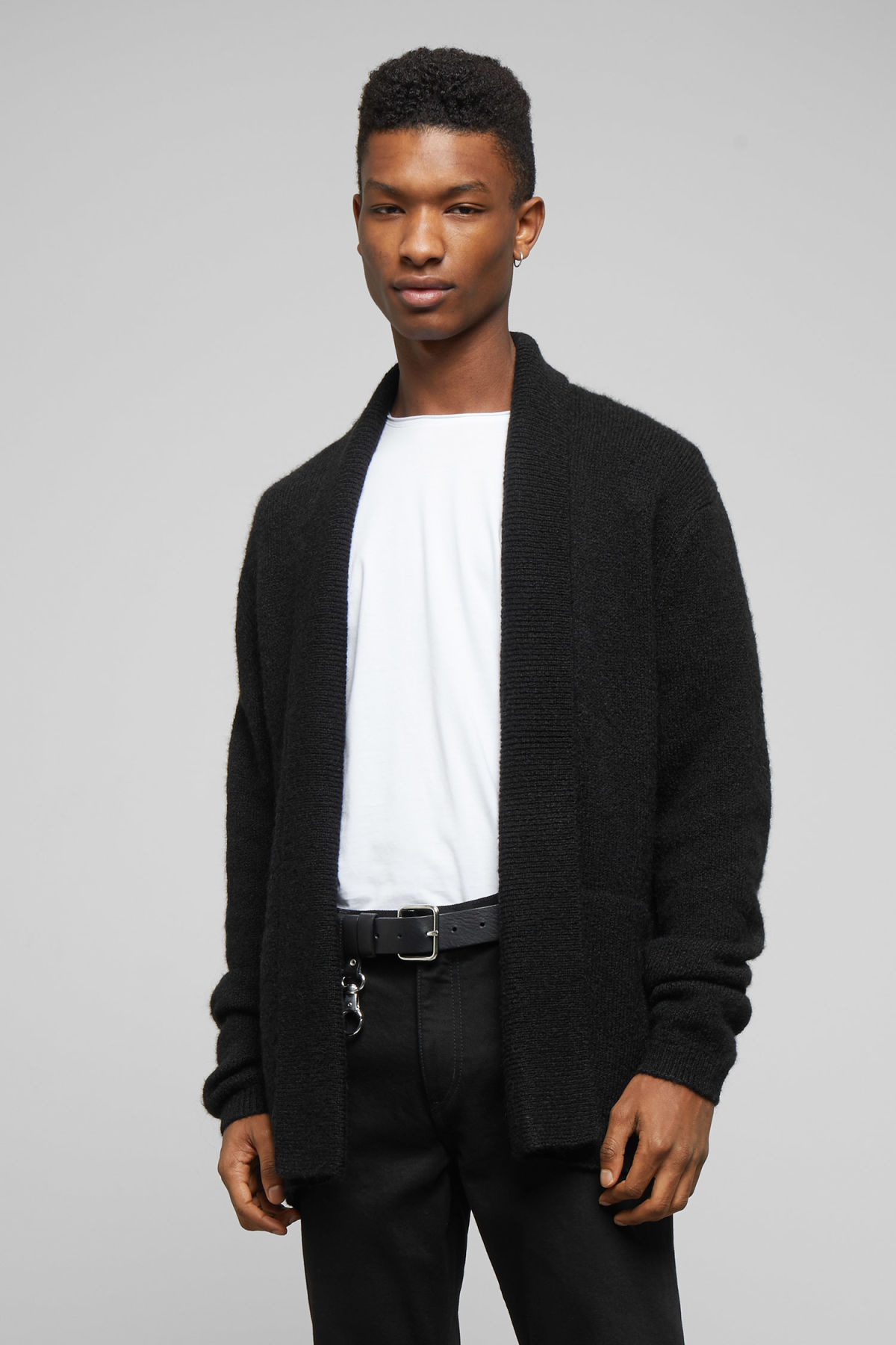 Model front image of Weekday pieter cardigan in black