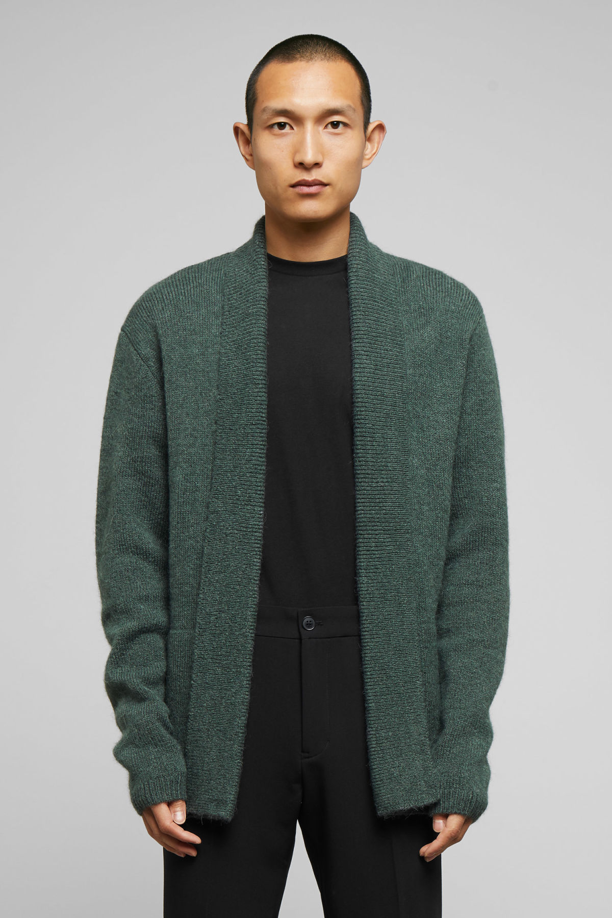 Model front image of Weekday pieter cardigan in green