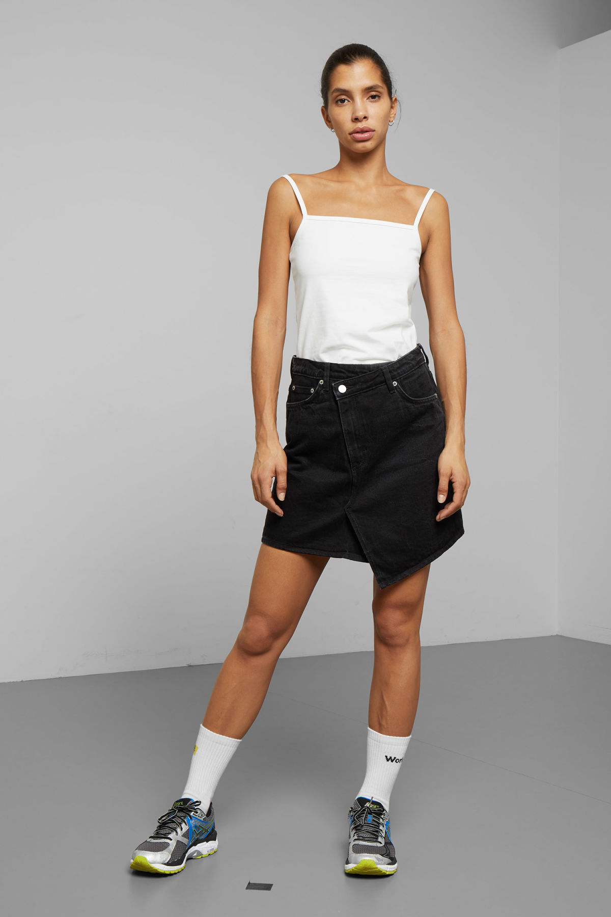 Model front image of Weekday newa denim skirt in black