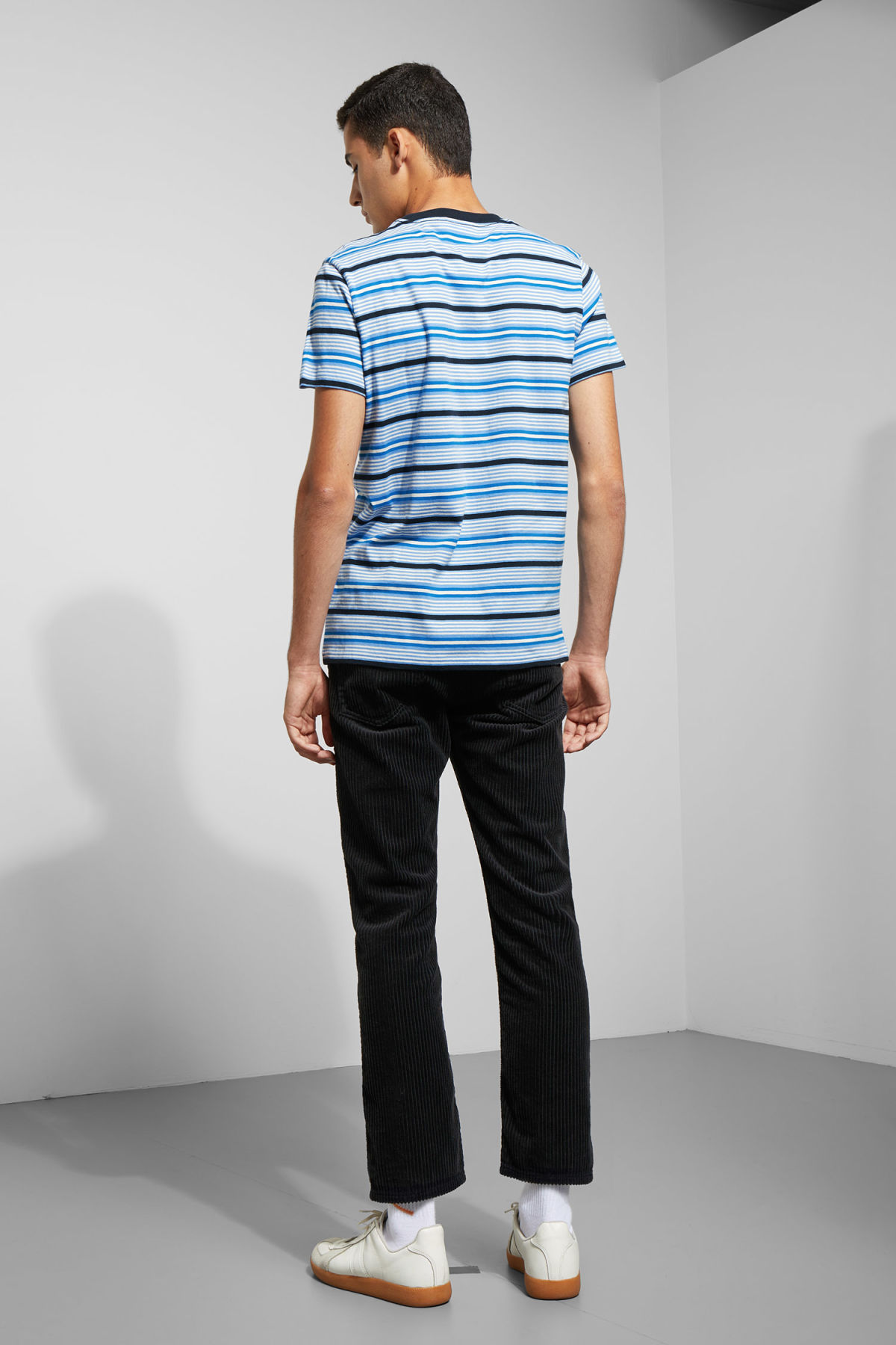 Model back image of Weekday alan stripe t-shirt in blue