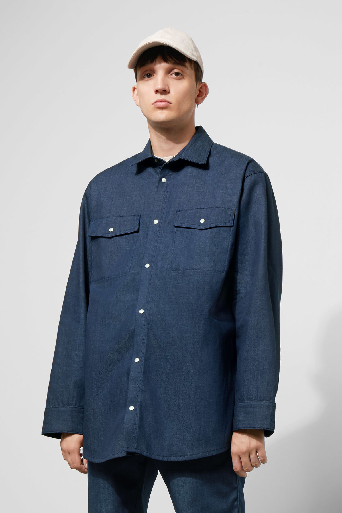 Model front image of Weekday colorado shirt in blue