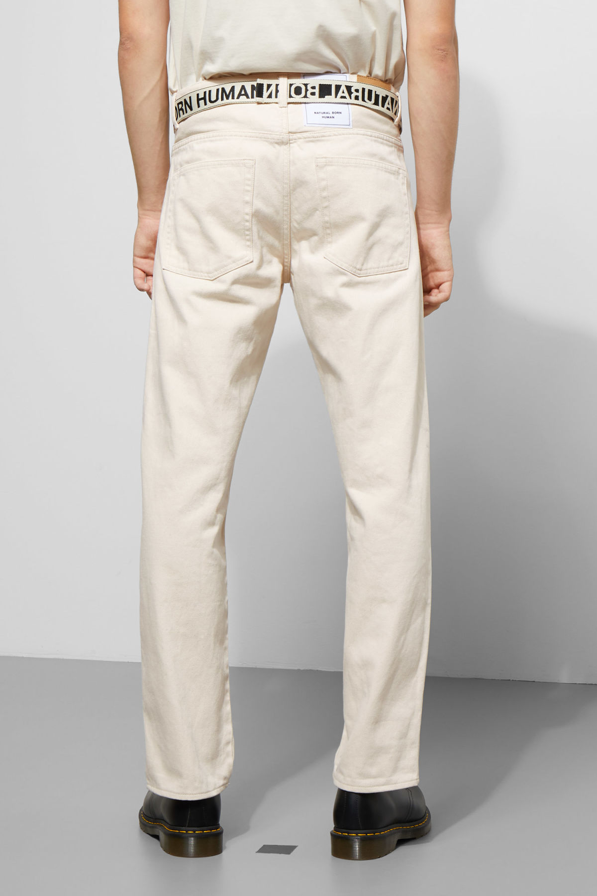 Model back image of Weekday tennesse ecru denim trousers in beige