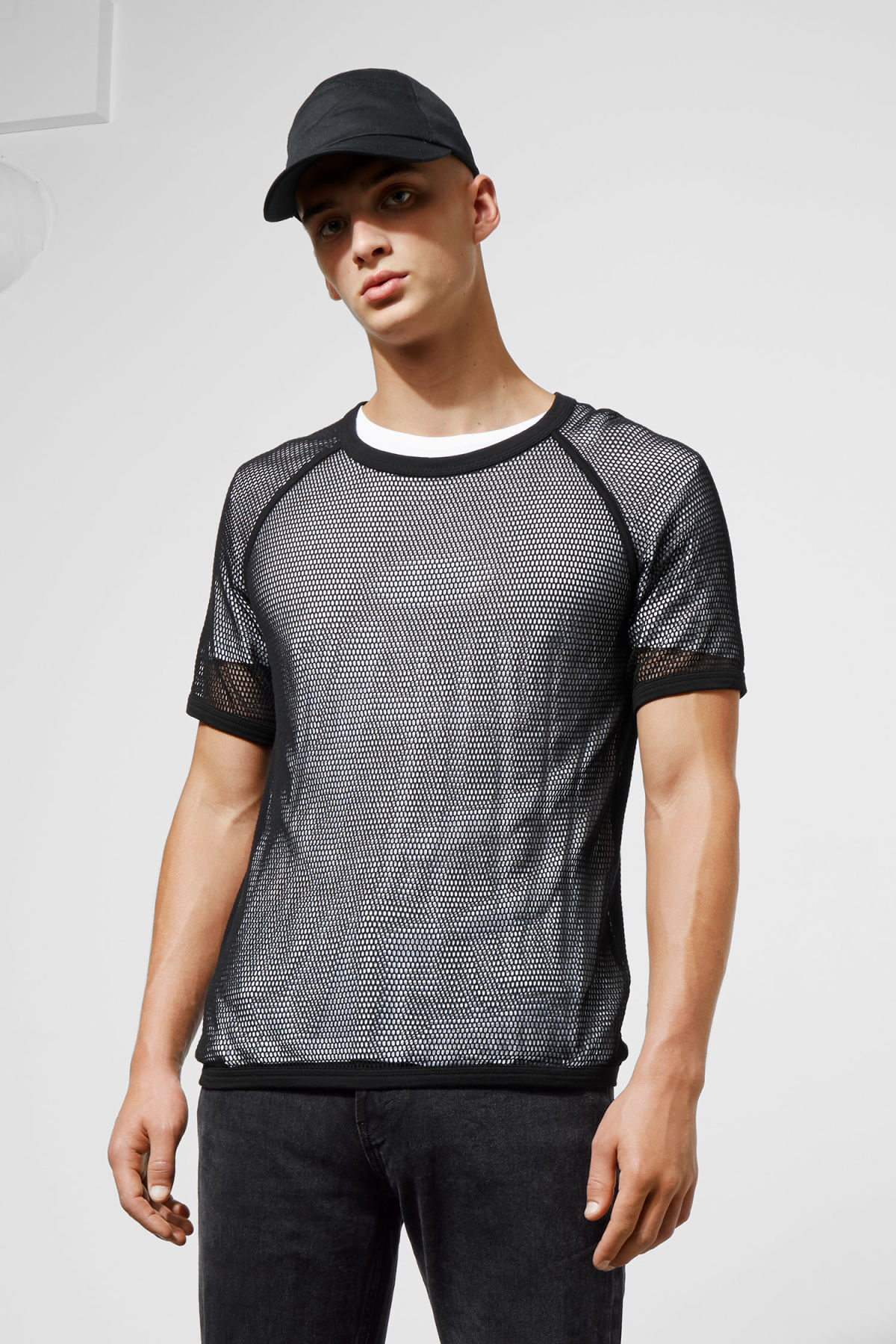 Model front image of Weekday liam mesh t-shirt in black