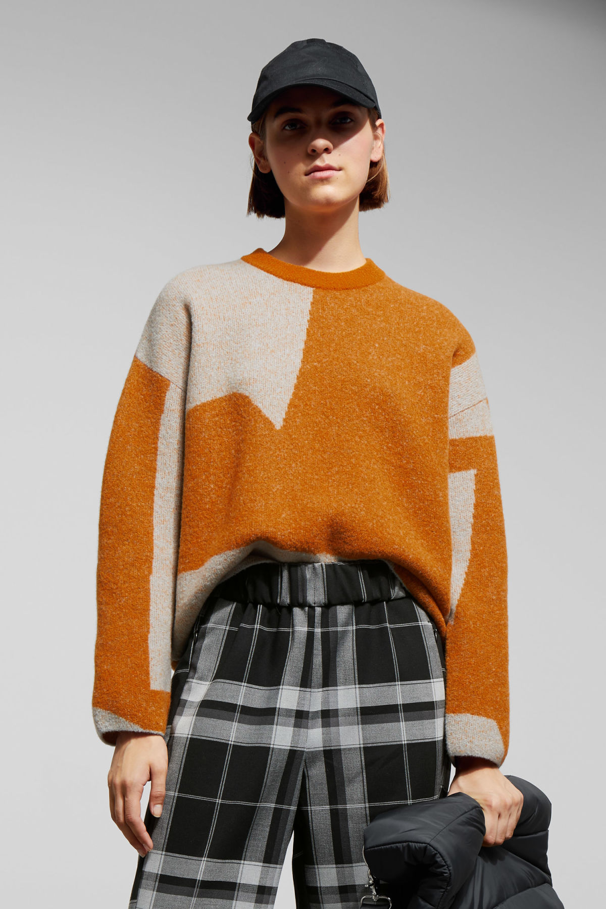 Model front image of Weekday cloe jacquard sweater in orange