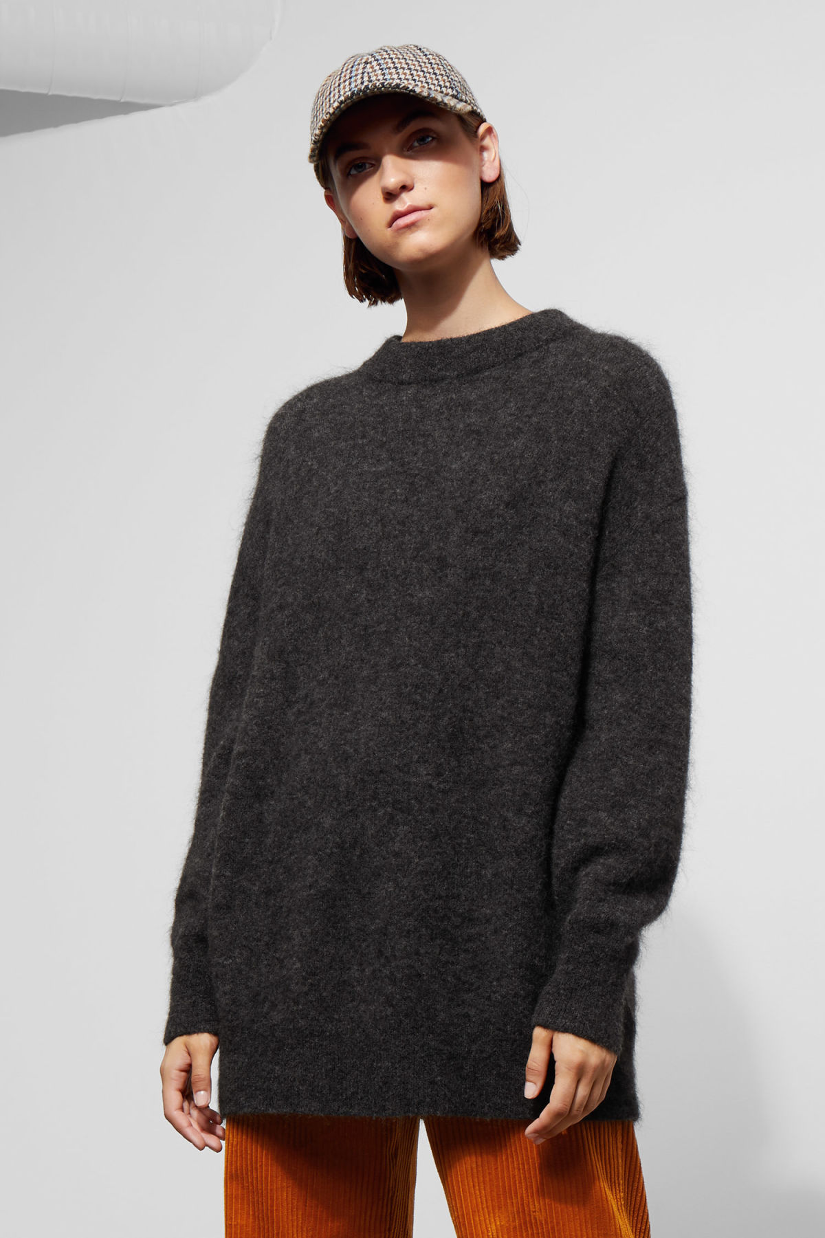 Model front image of Weekday shea sweater in black