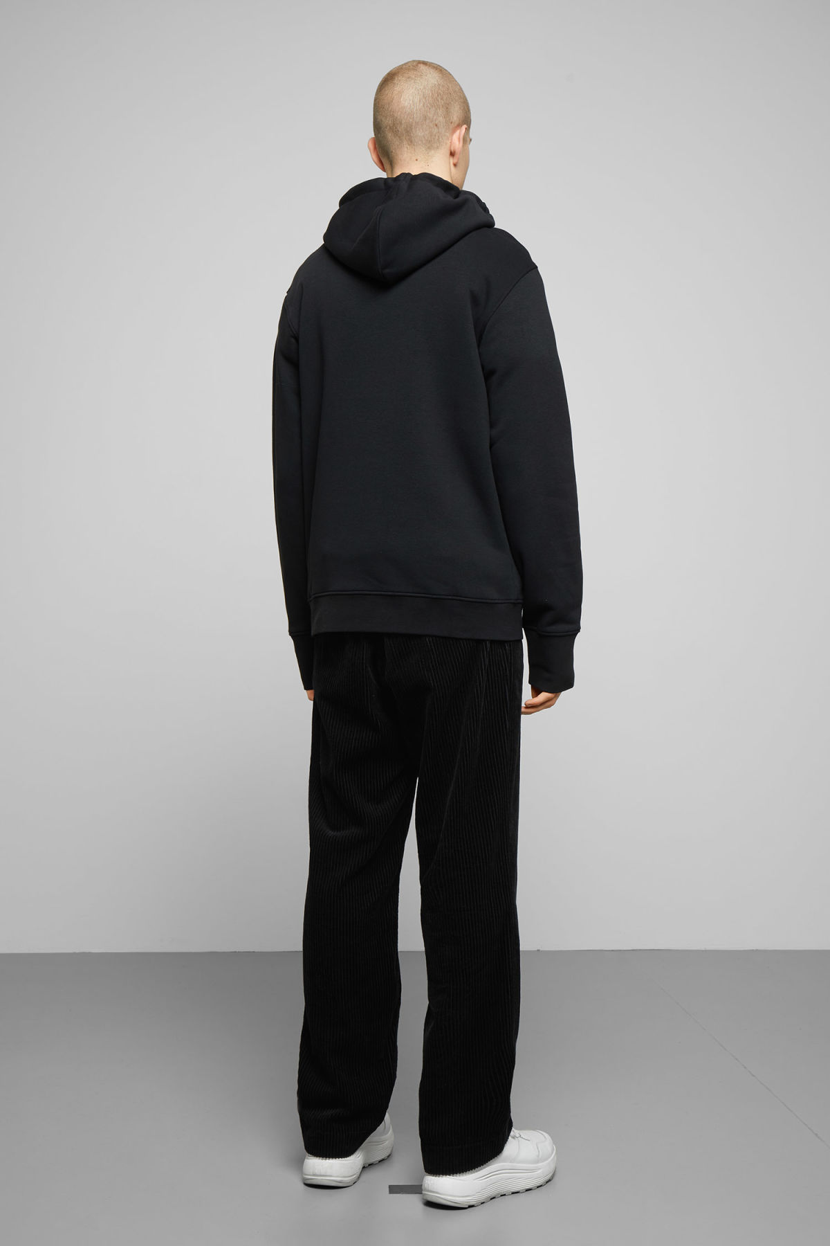 Model back image of Weekday hawk wonderlust hoodie in black