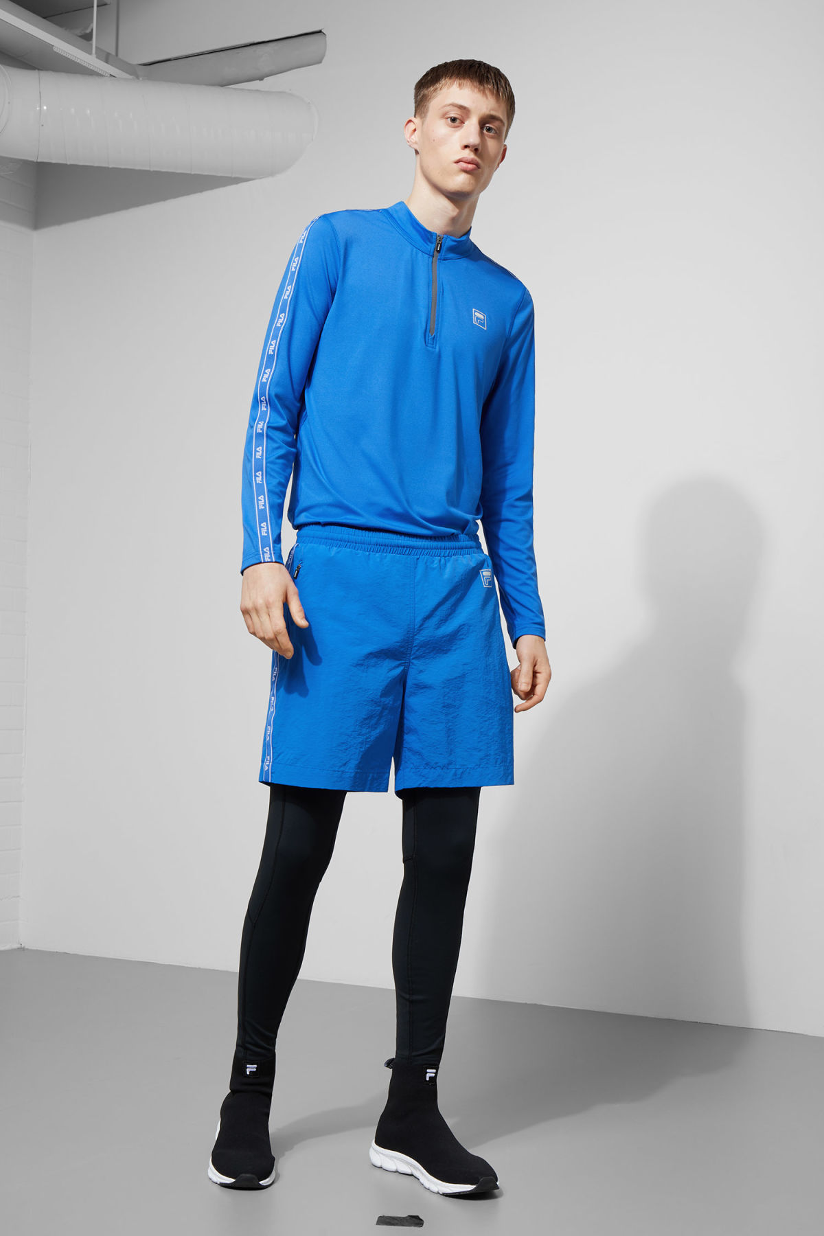 Model front image of Weekday monza shorts in blue