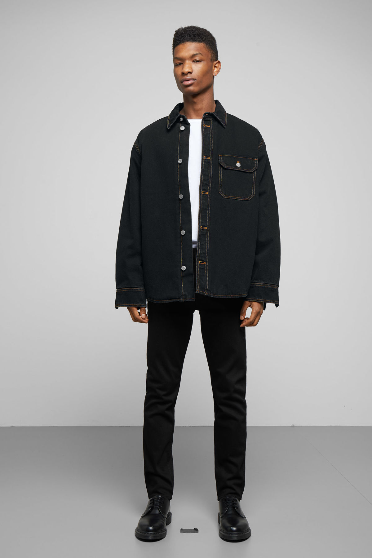 Model side image of Weekday mighty tuned black jacket in black