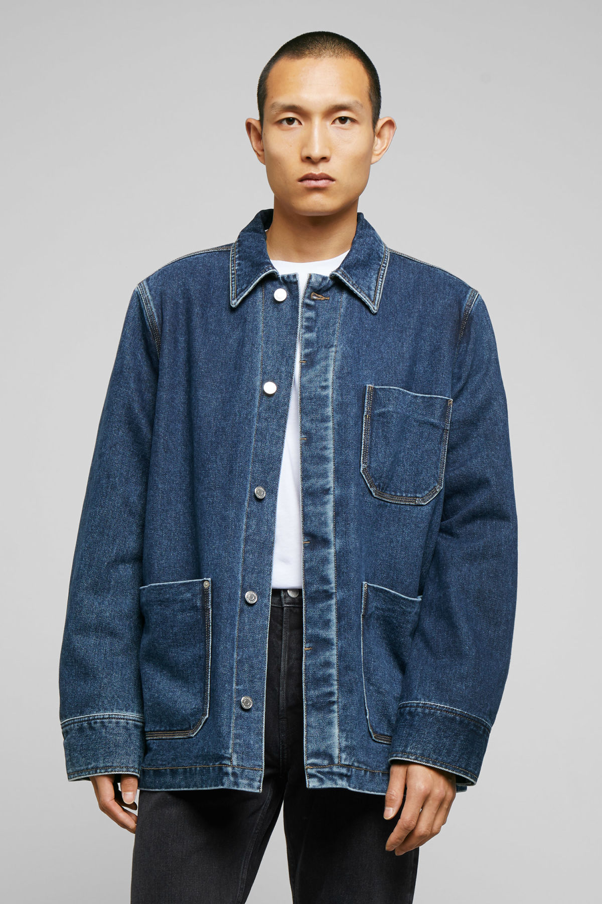 Model front image of Weekday quit 20 blue jacket in blue