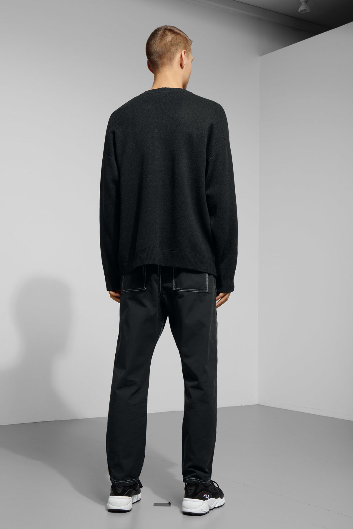 Model back image of Weekday diego jaquard sweater in black