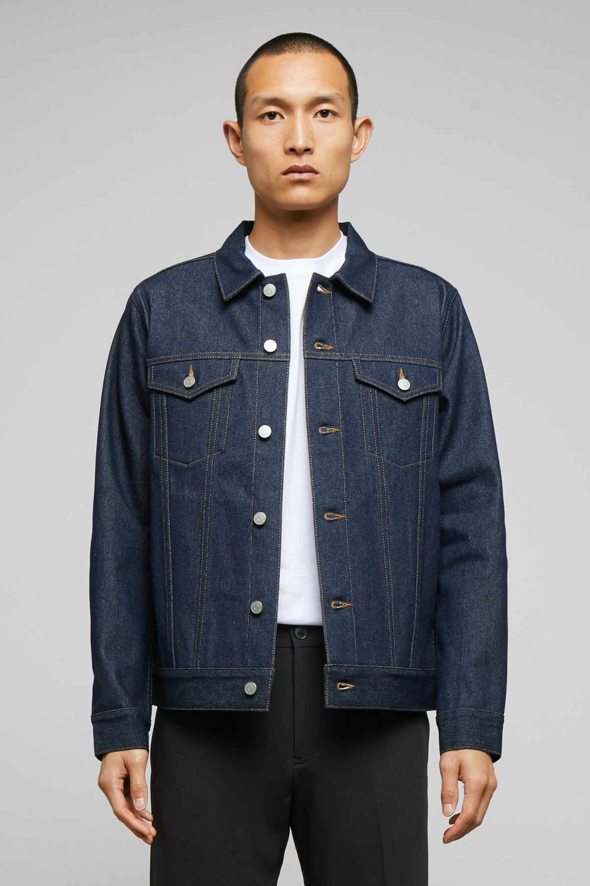 Model front image of Weekday single unwashed jacket in blue