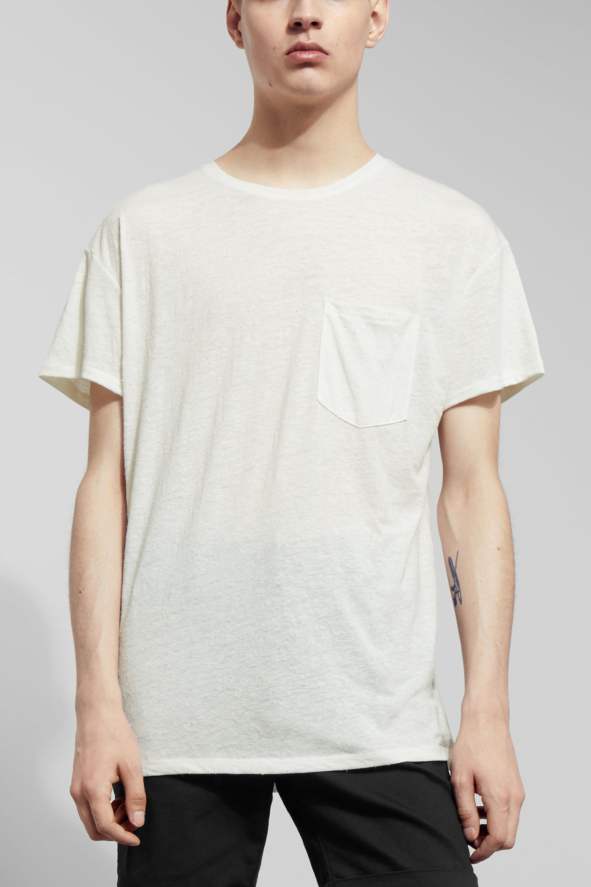 Model front image of Weekday tom t-shirt in white