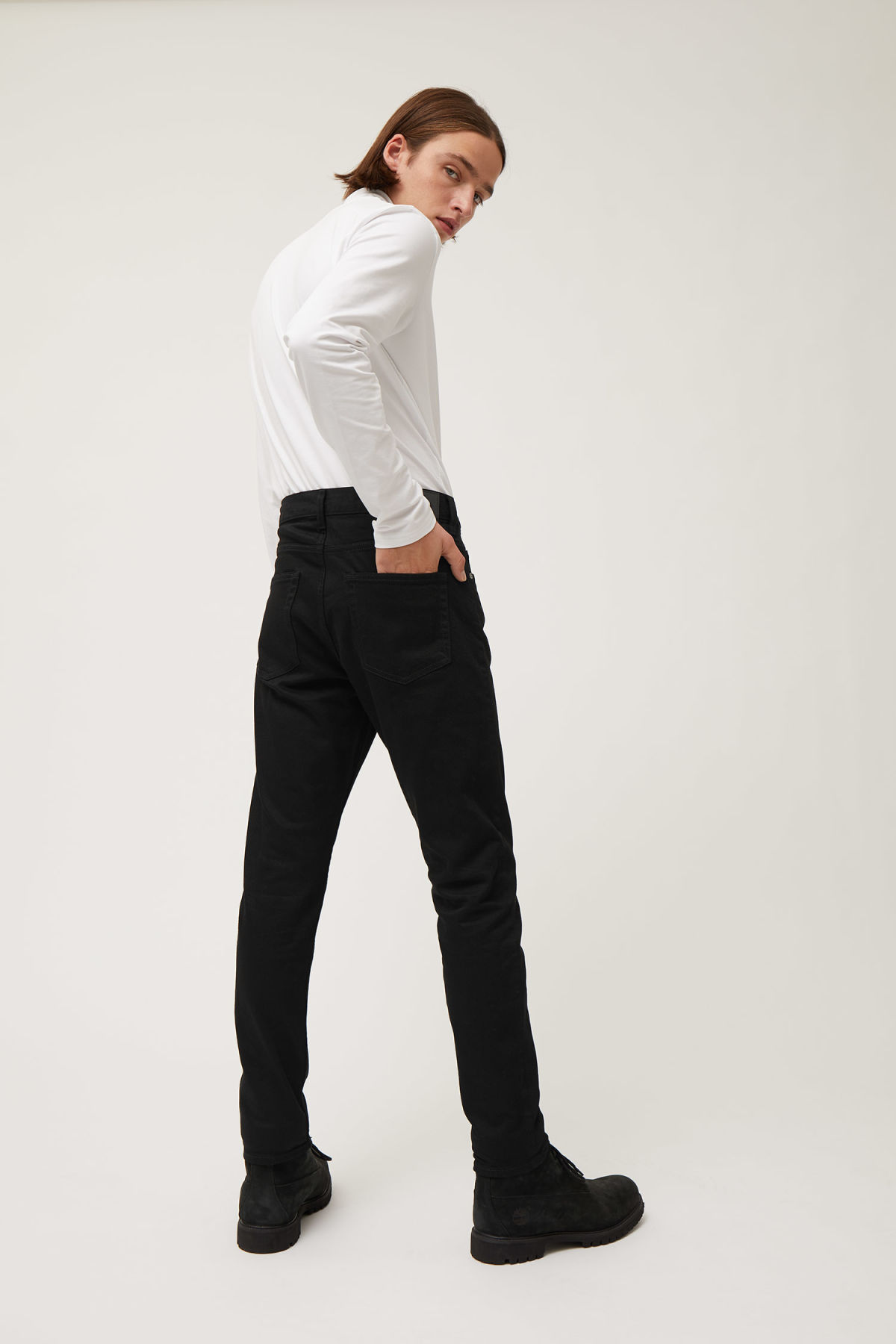 Model back image of Weekday sunday black jeans in black