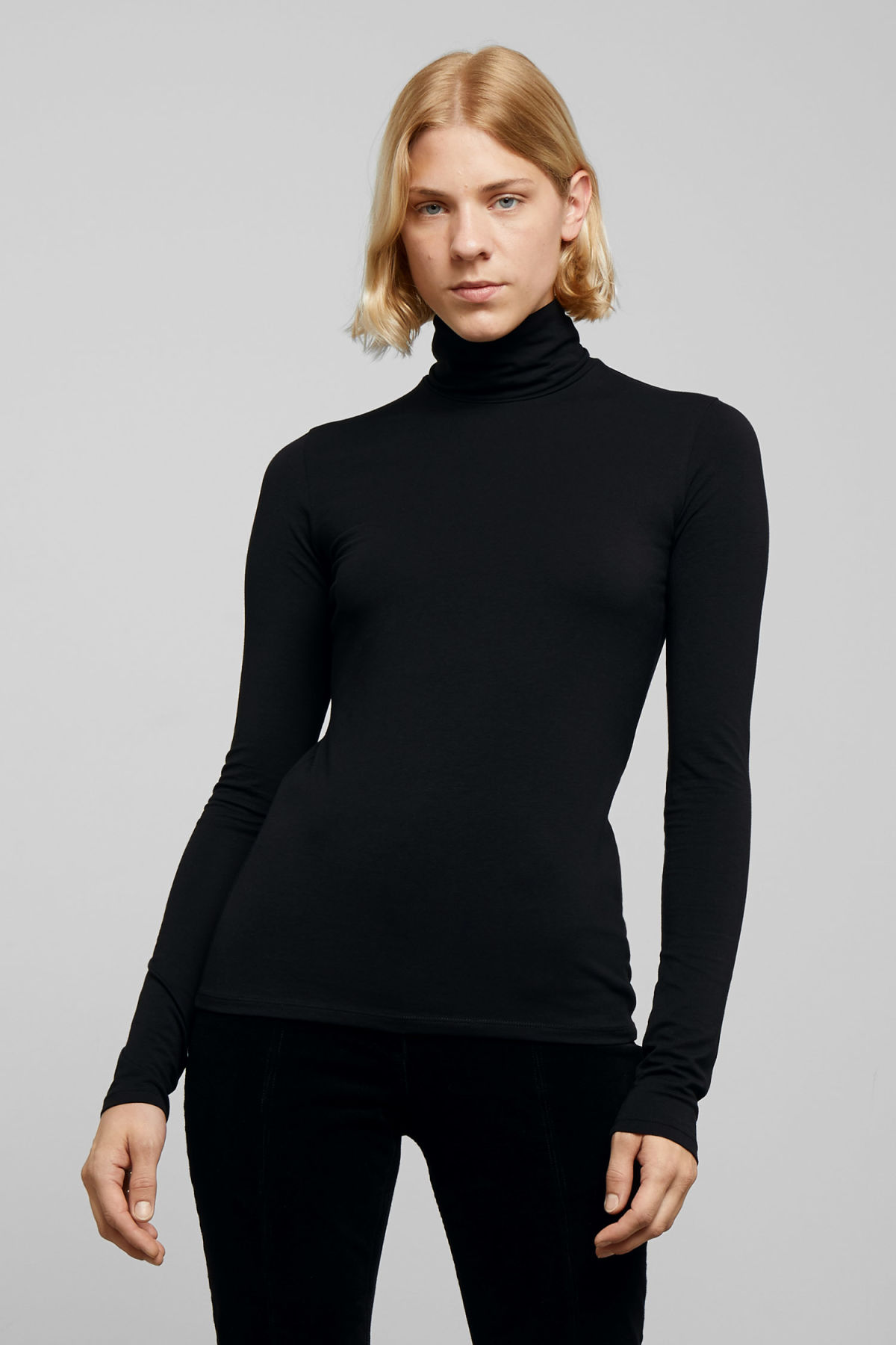 Model front image of Weekday chie turtleneck  in black