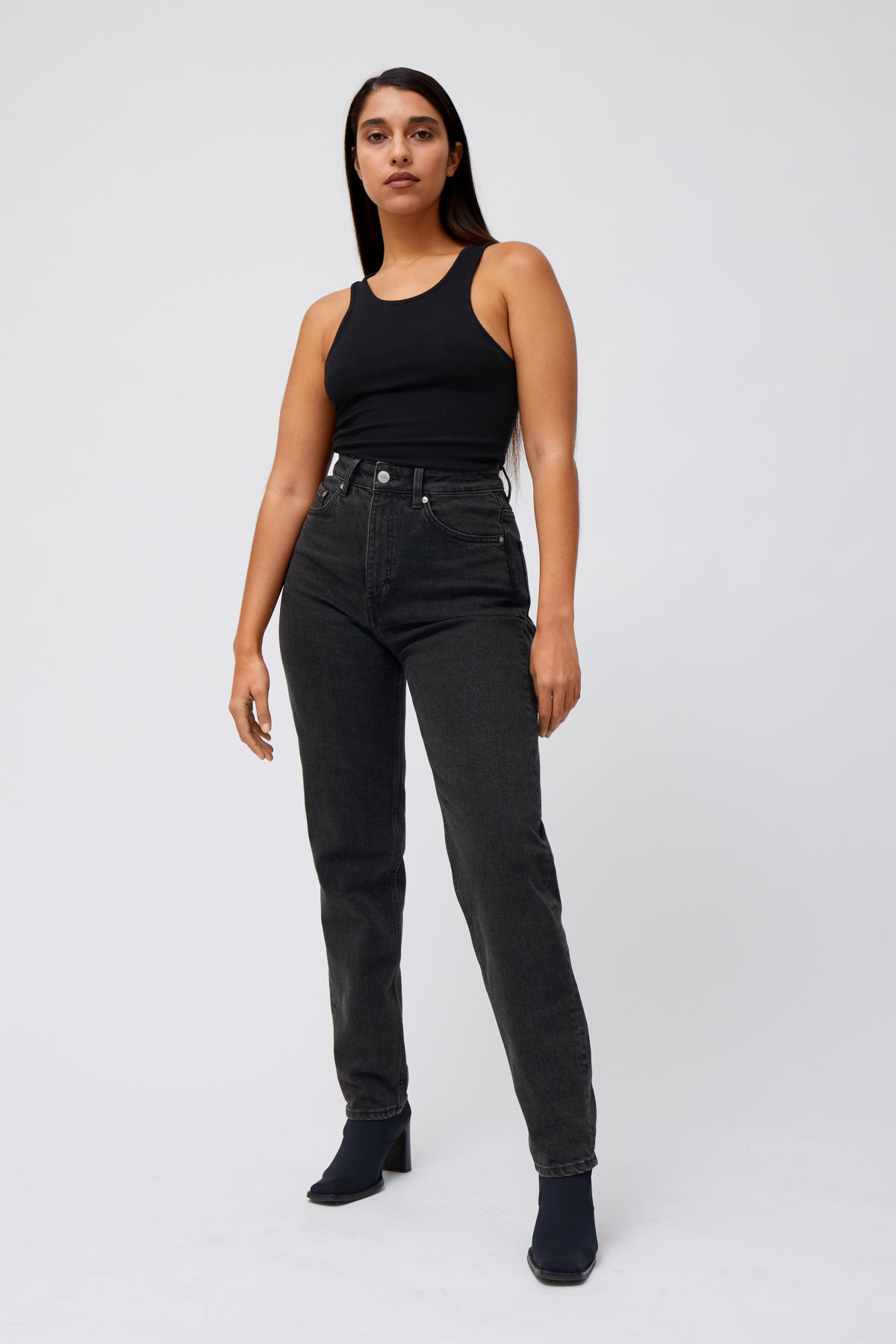 Lookbook Front Image of Weekday Lash Extra High Mom Jeans in Black