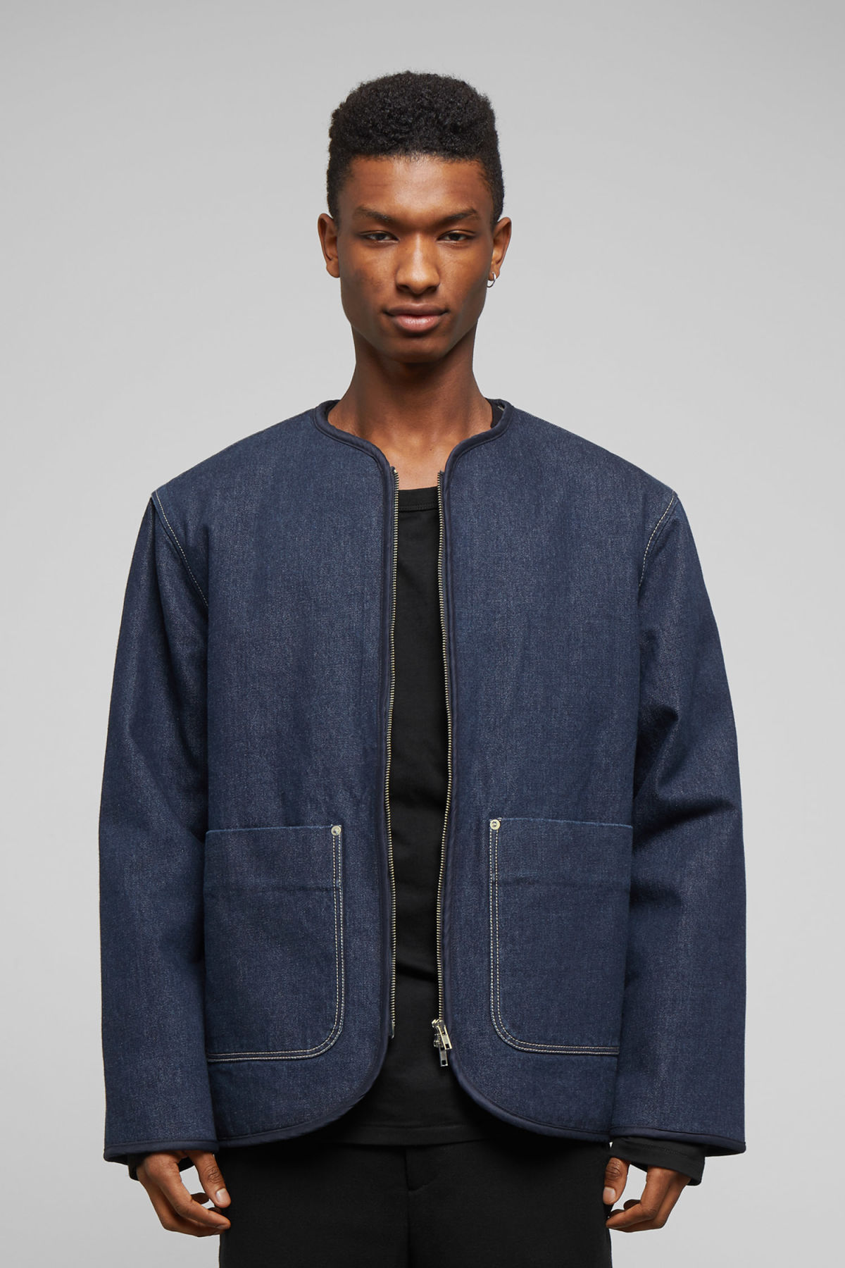 Model front image of Weekday harp blue rinsed jacket in blue