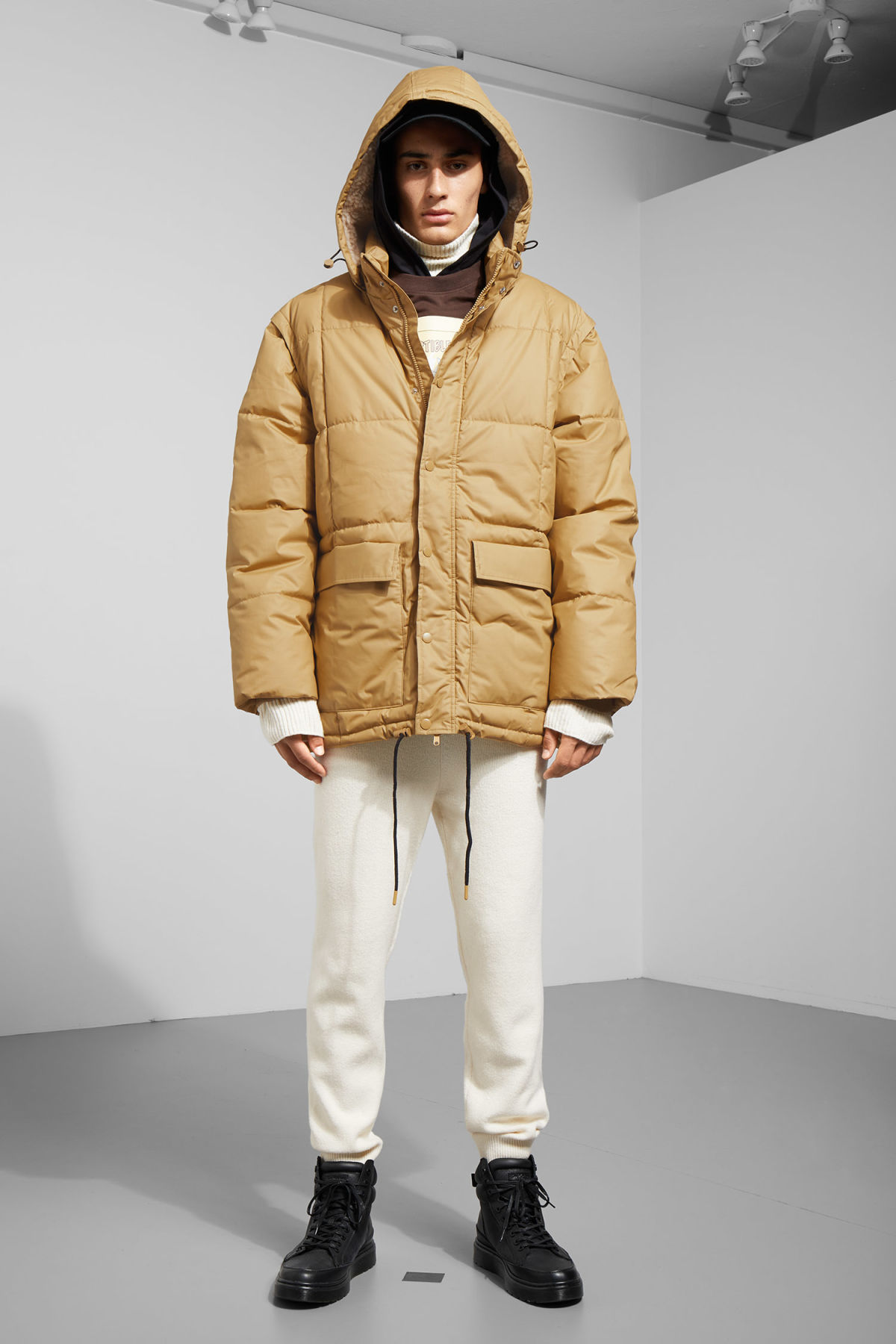 Model side image of Weekday tenzing jacket in beige