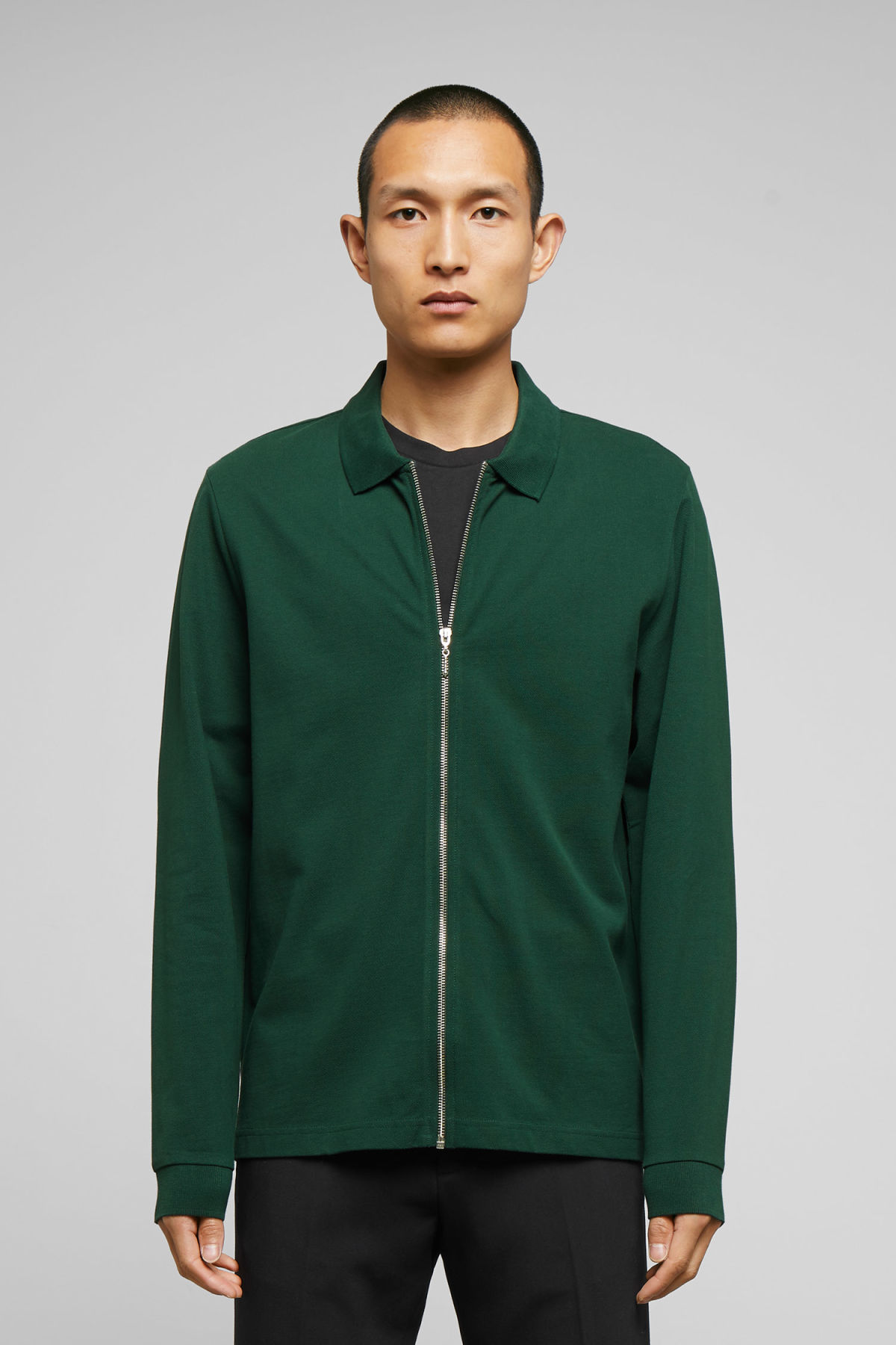 Model front image of Weekday lip zip long sleeve in green