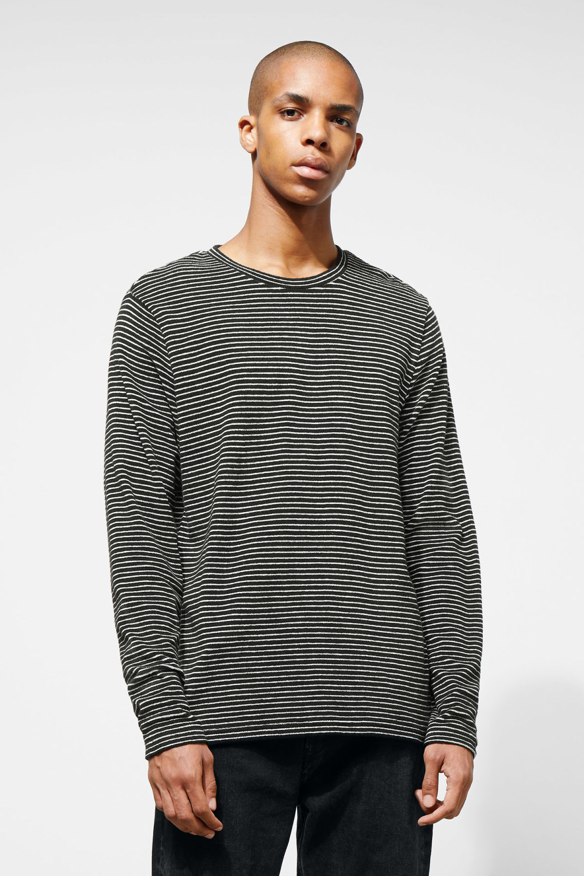 Model front image of Weekday towel stripe long sleeve in black