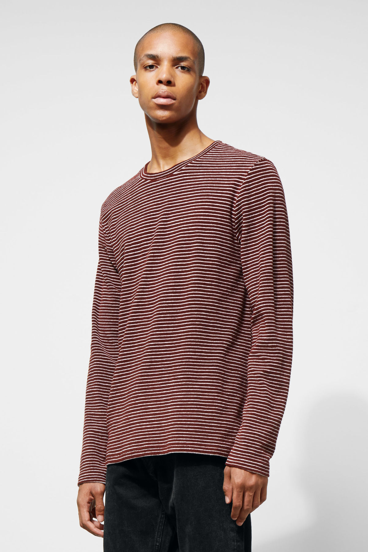 Model front image of Weekday towel stripe long sleeve in red