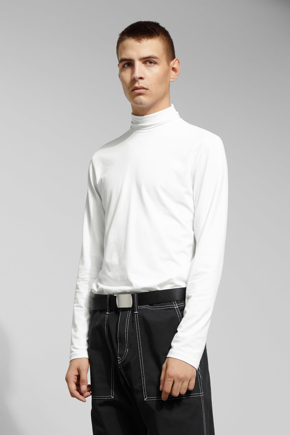 Model front image of Weekday ted turtleneck in white
