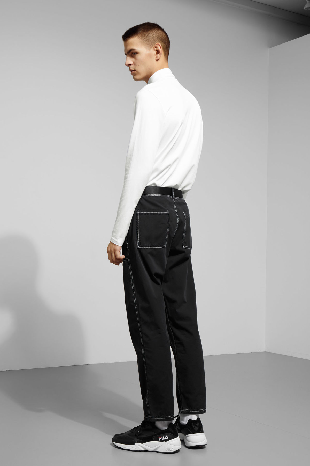 Model back image of Weekday ted turtleneck in white