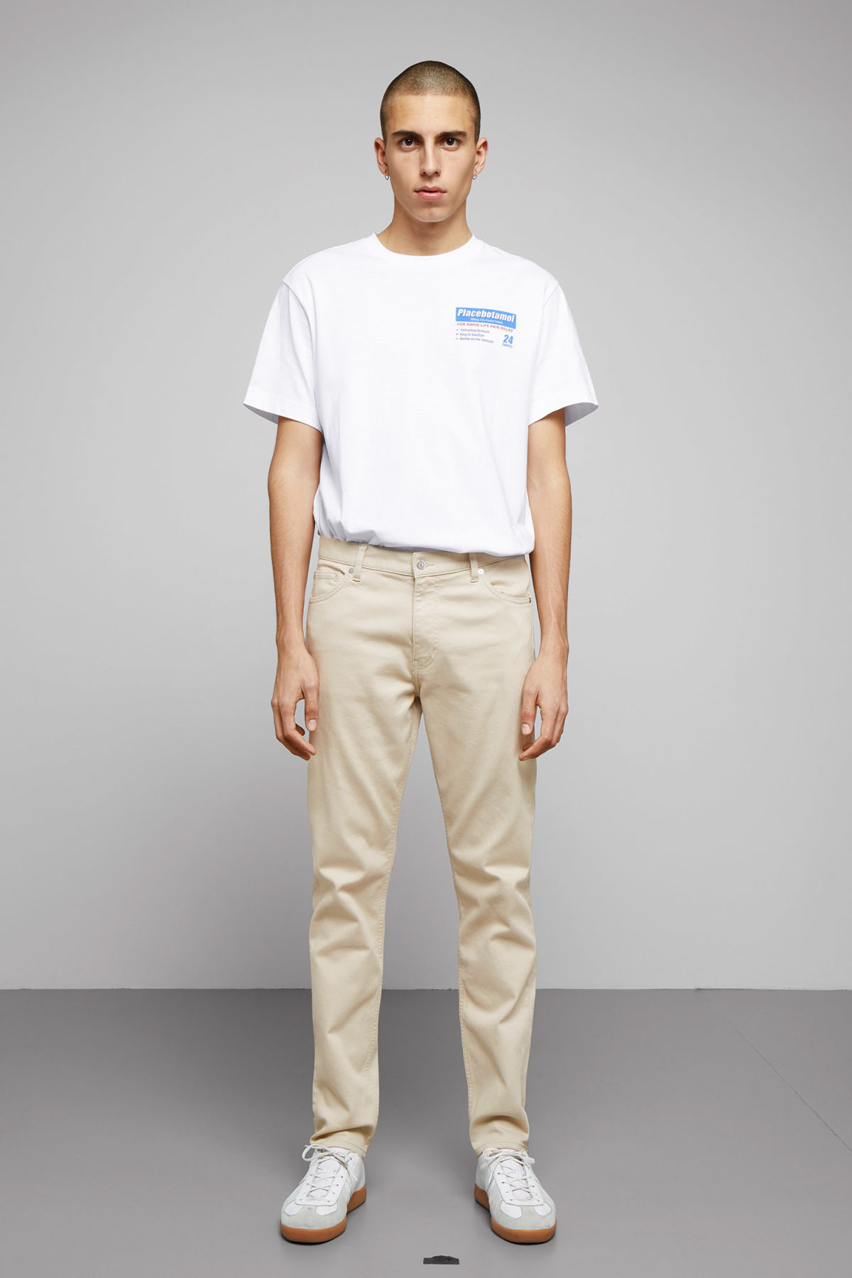 Model front image of Weekday sunday bedford trousers in beige