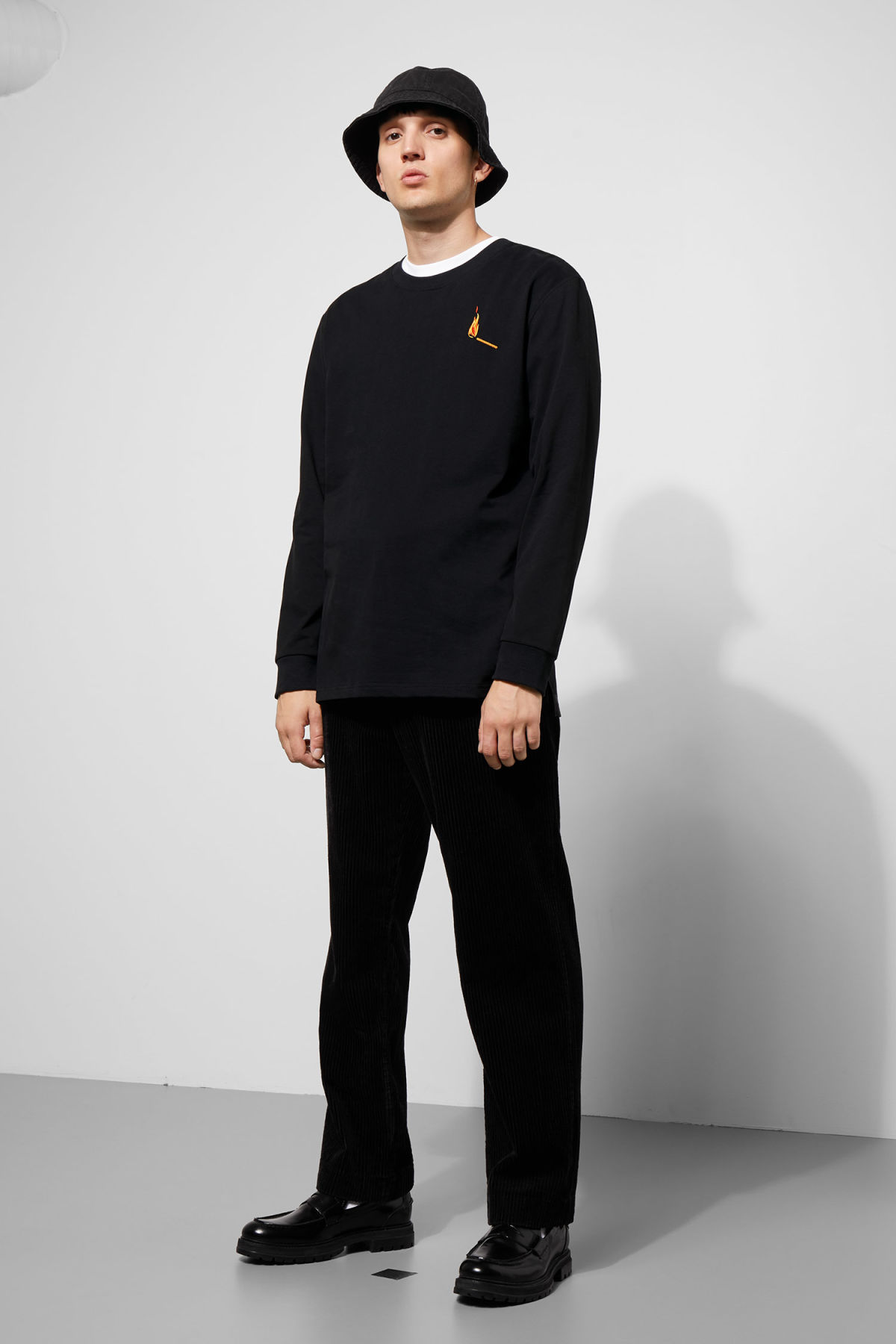 Model side image of Weekday amped sweatshirt in black