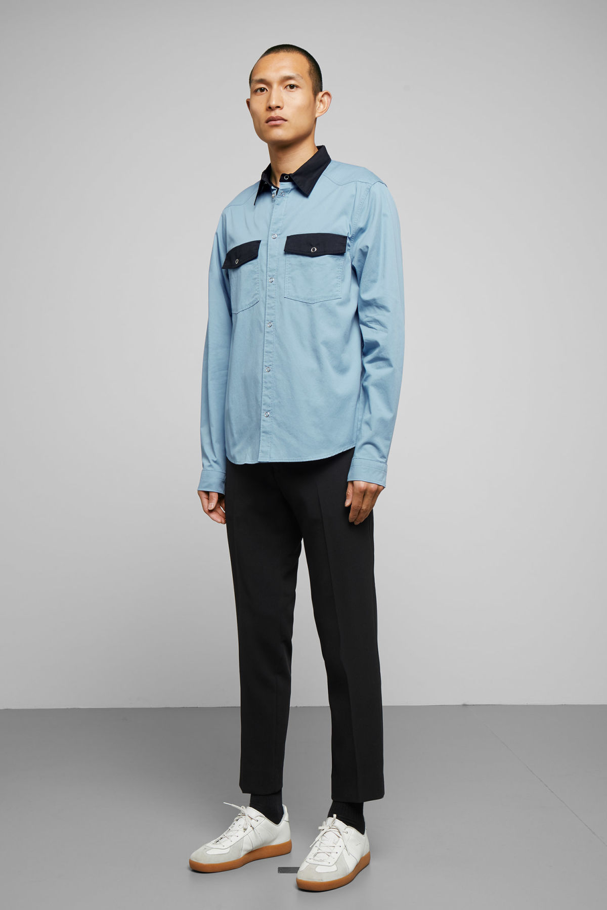 Model side image of Weekday wayne shirt in blue