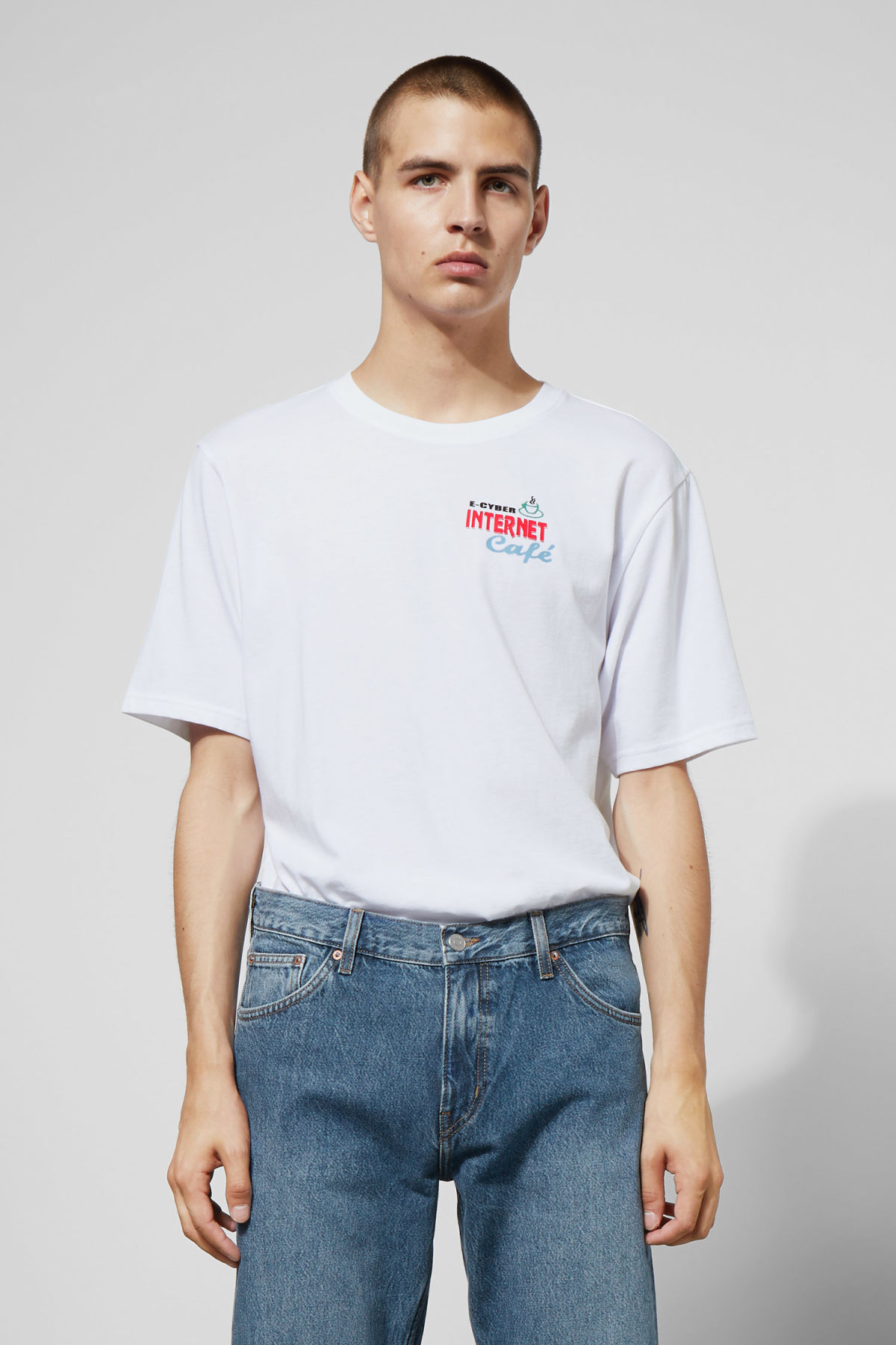 Model front image of Weekday frank internet t-shirt in white