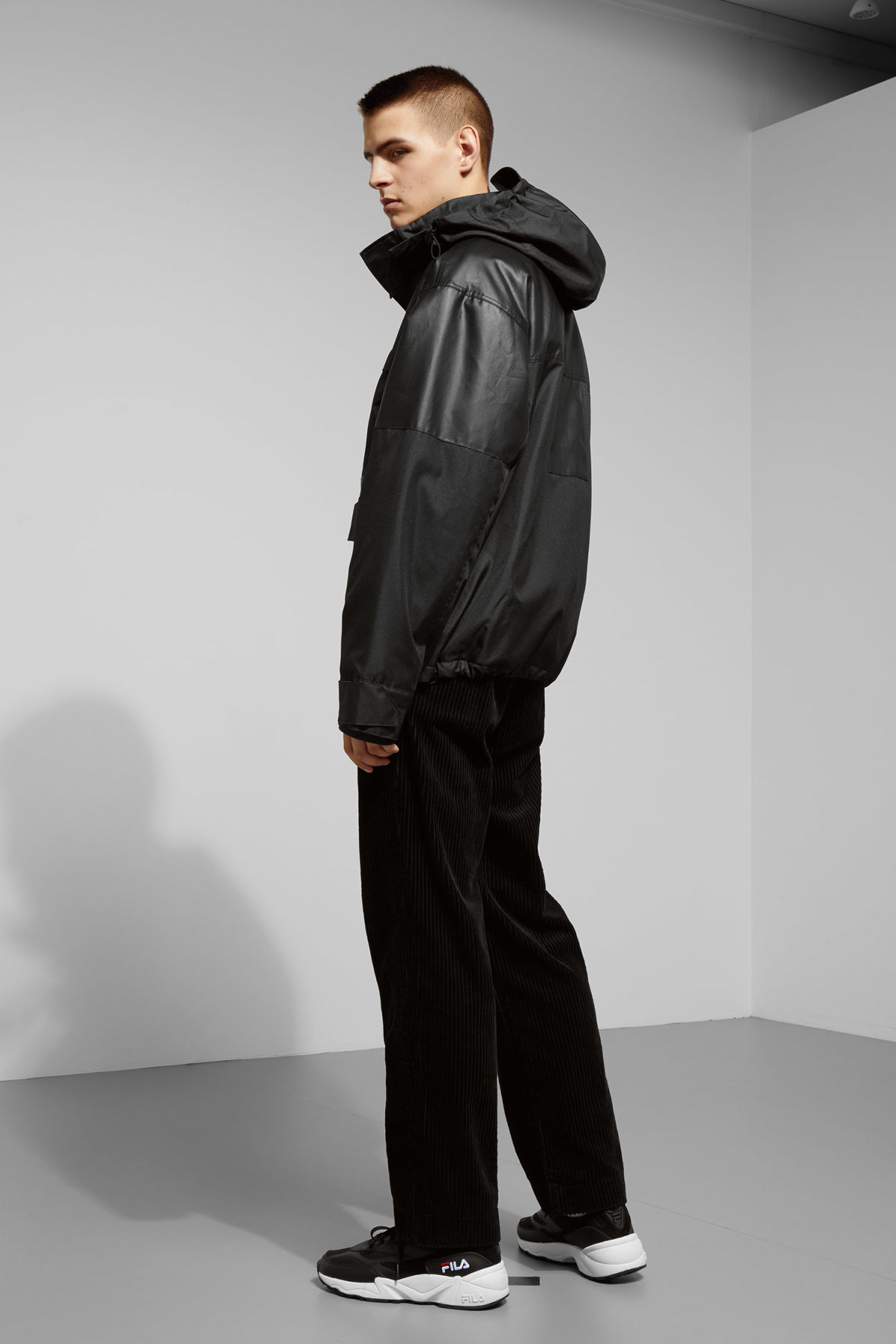 Model back image of Weekday brumal jacket in black