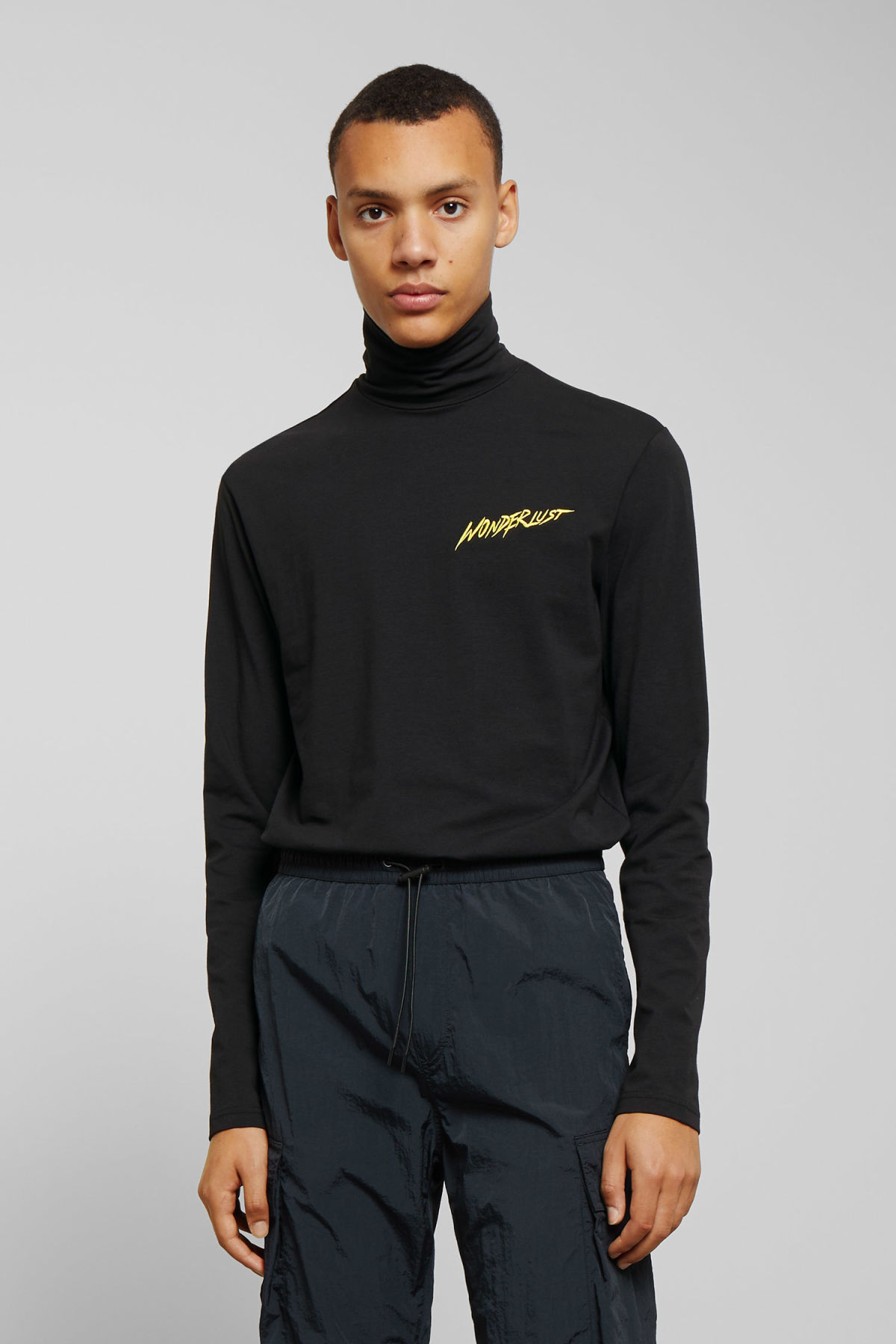 Model front image of Weekday ted wonderlust turtleneck in black
