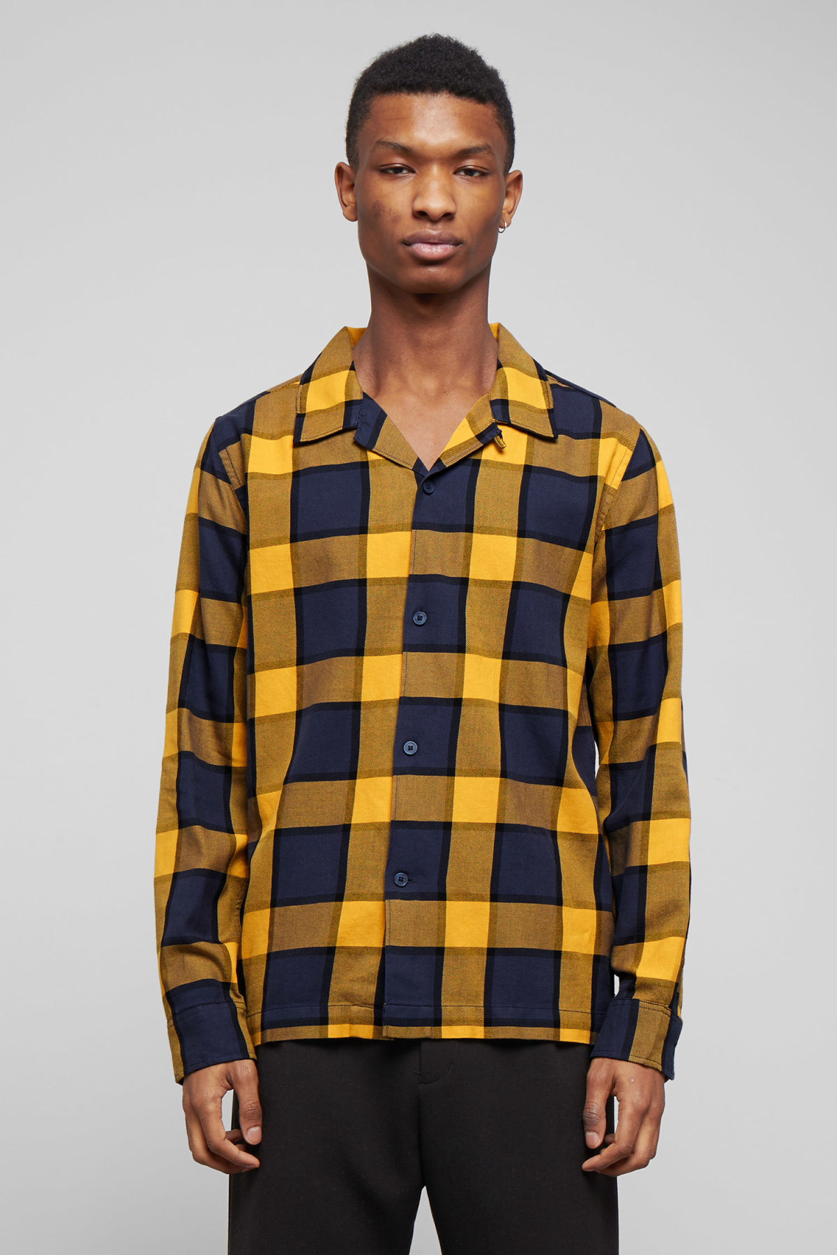 Model front image of Weekday malte check shirt in blue