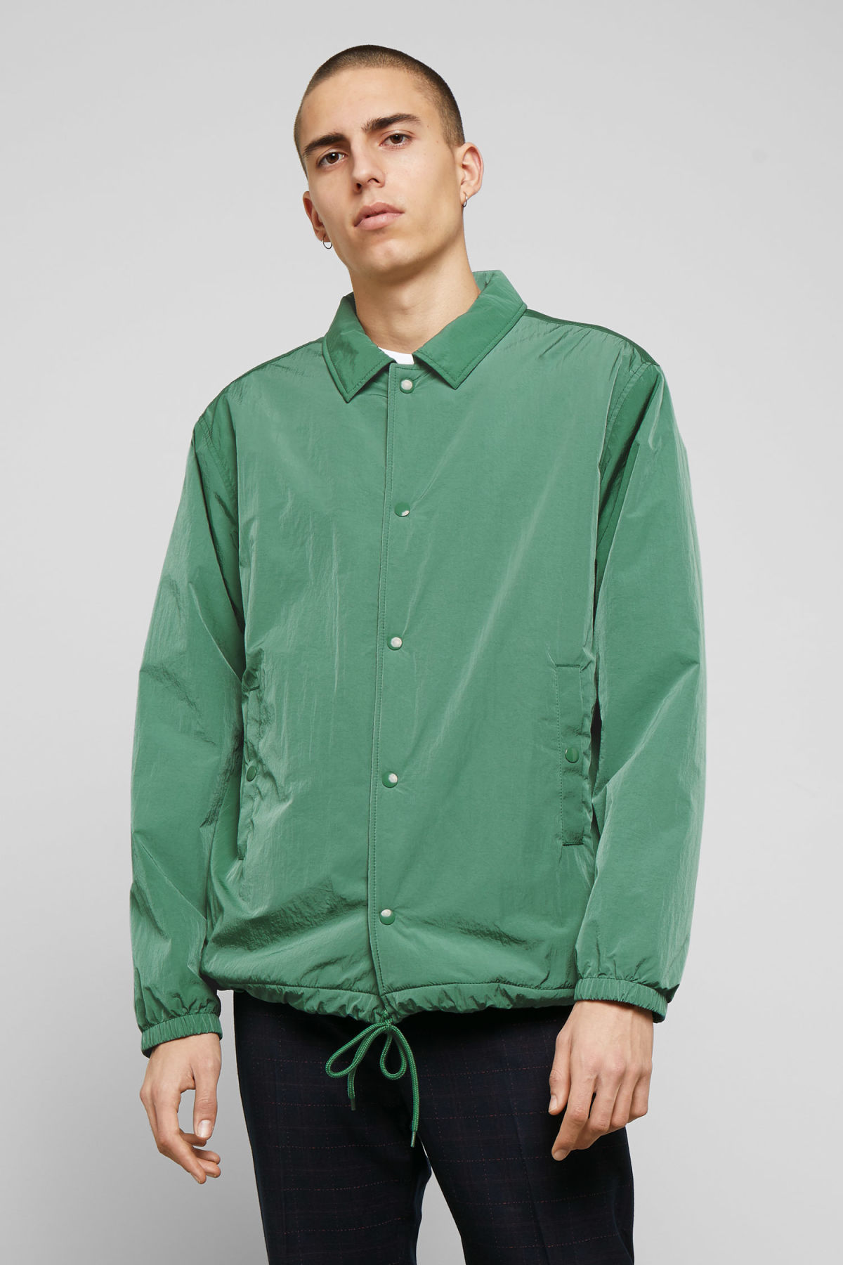 Model front image of Weekday bob coach jacket in green