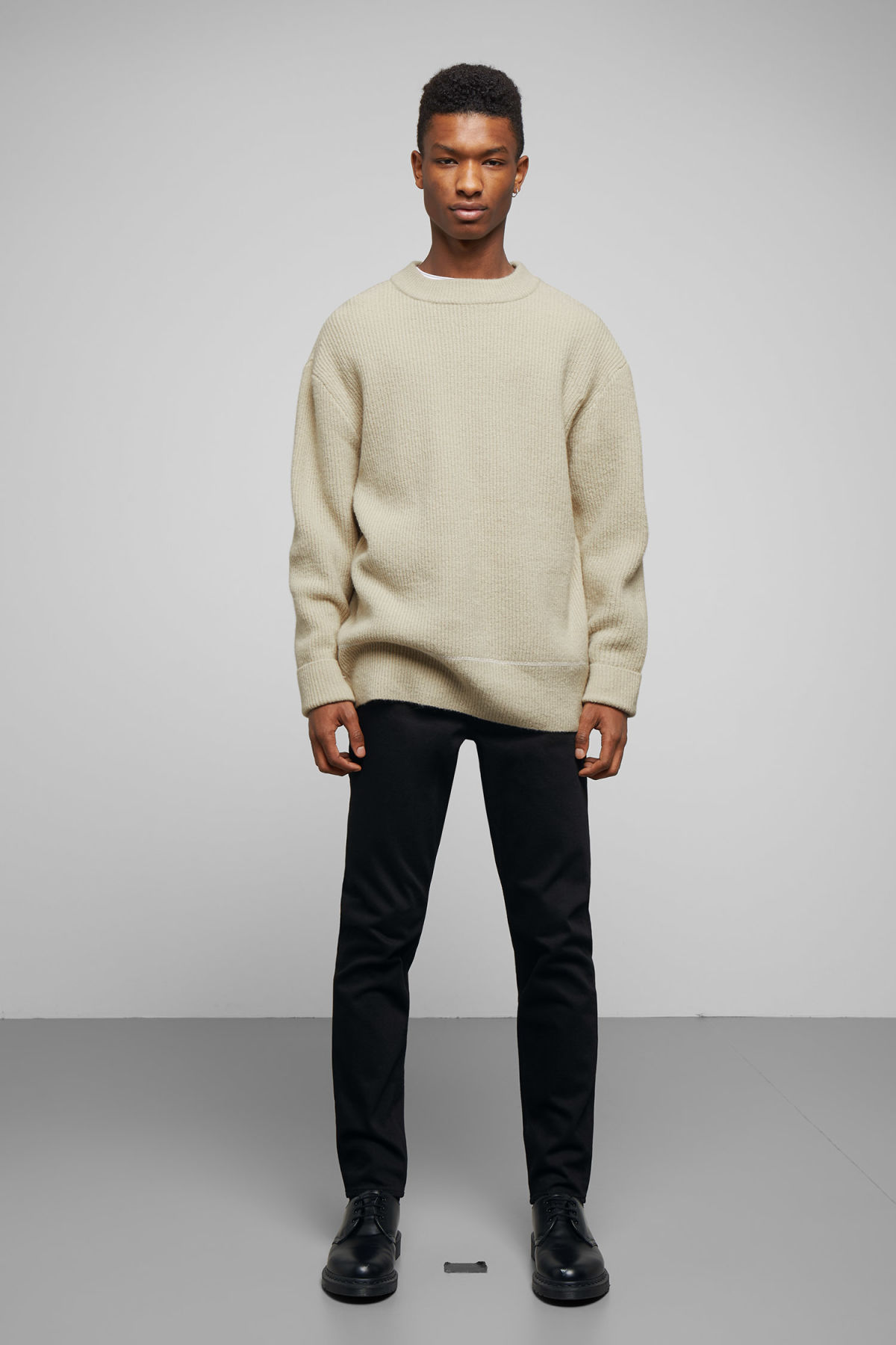 Model back image of Weekday marco sweater in beige