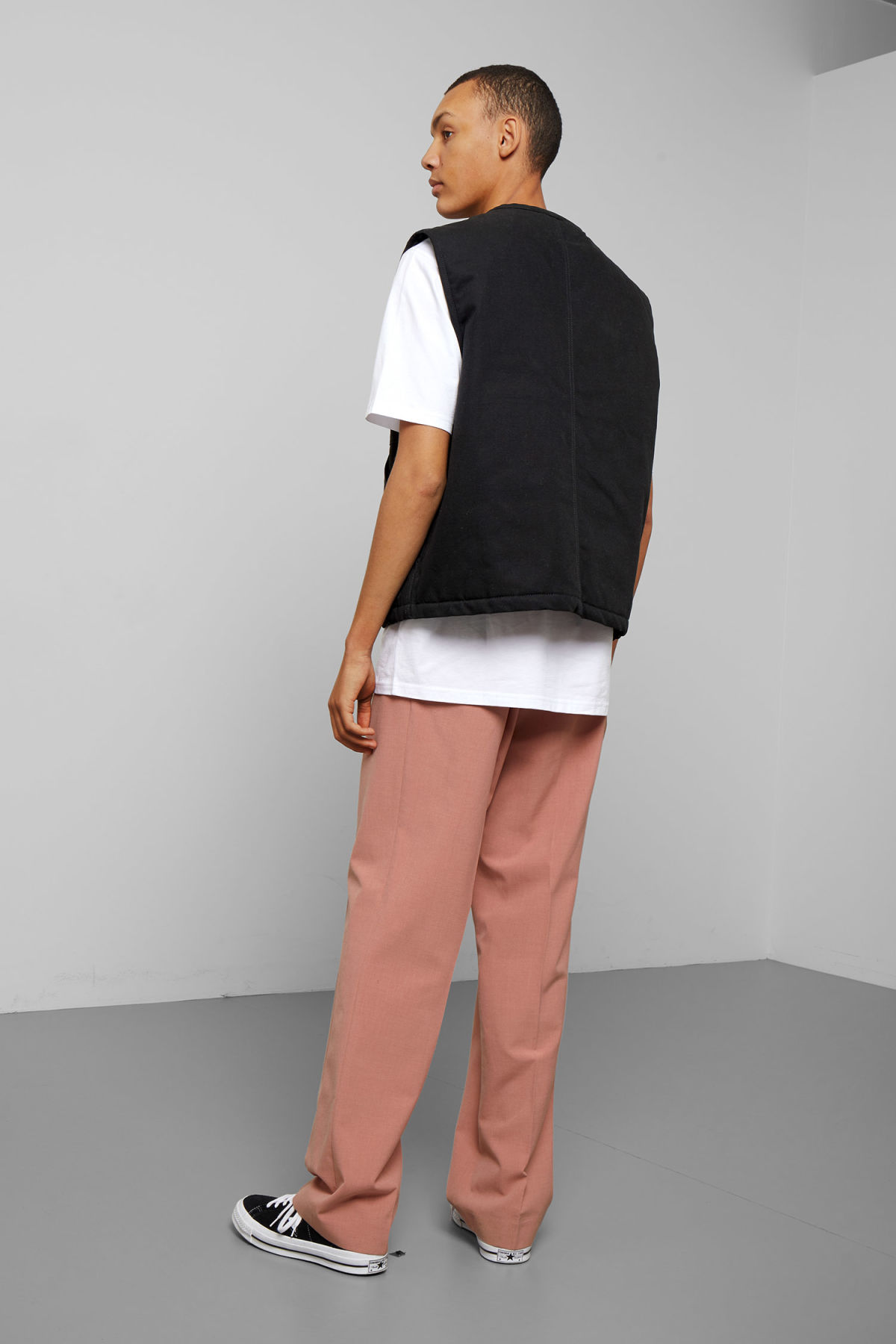 Model back image of Weekday emanuel canvas vest in black