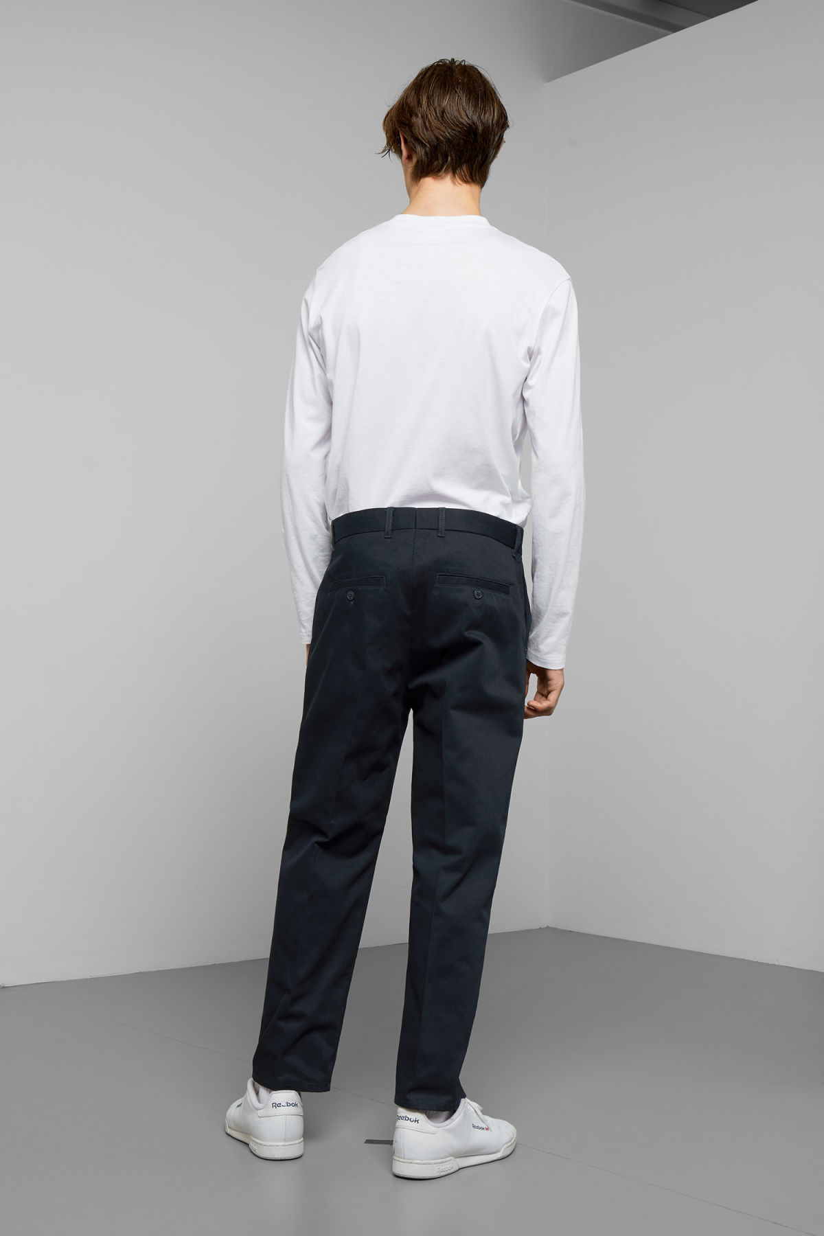 Model back image of Weekday tucker trousers in blue