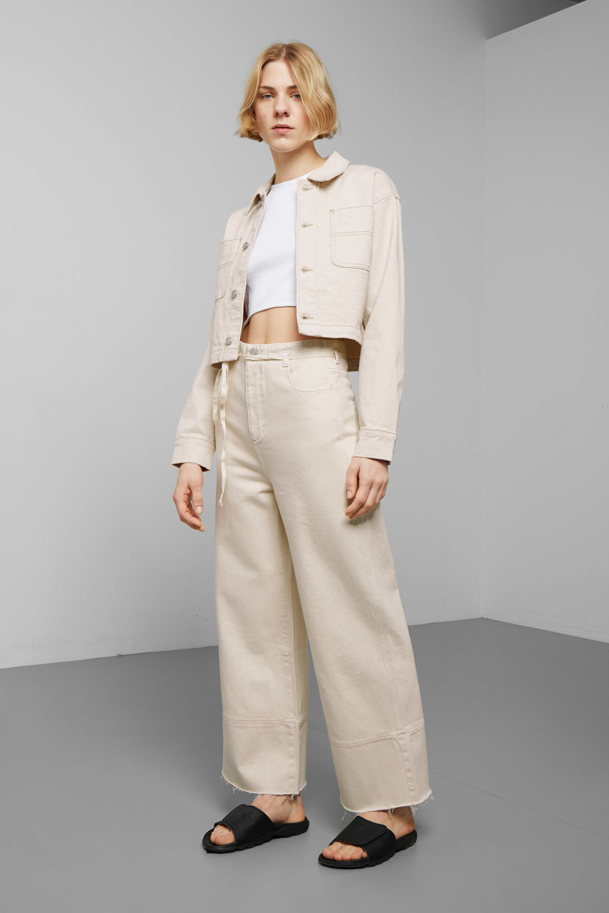 Model side image of Weekday marybeth jacket in beige